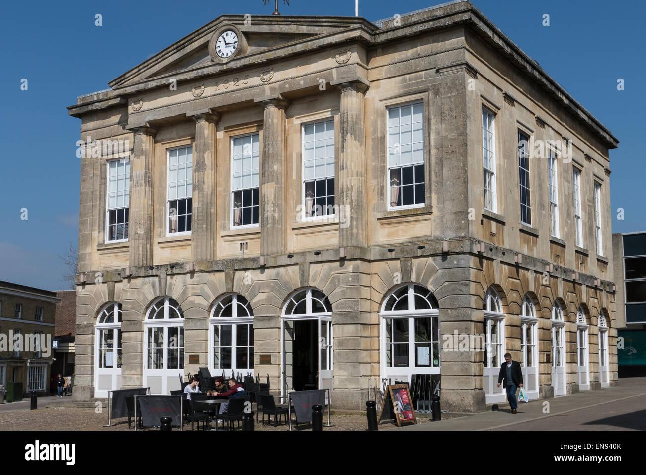 England, Hampshire, Andover, Town hall - Stock Image