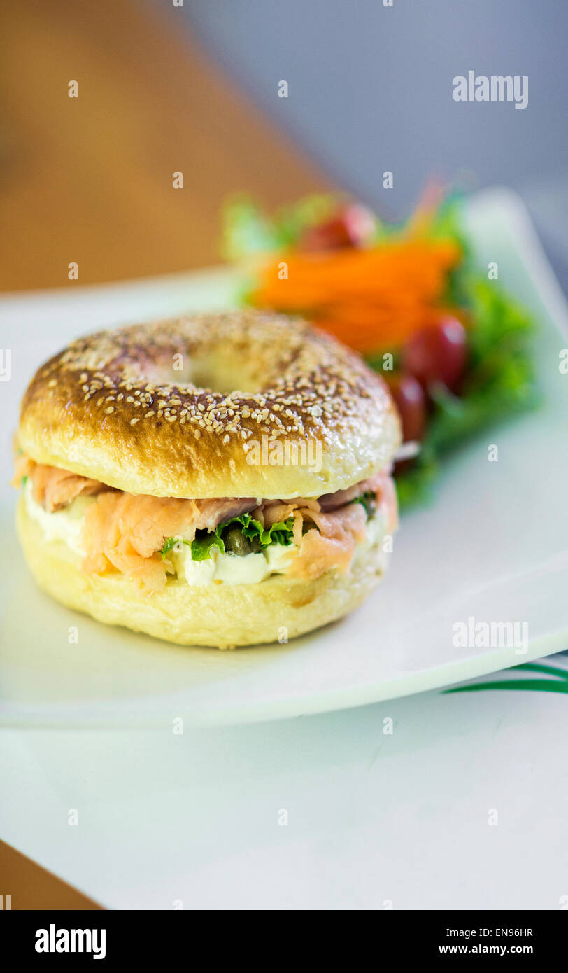 healthy smoked salmon and cream cheese bagel - Stock Image