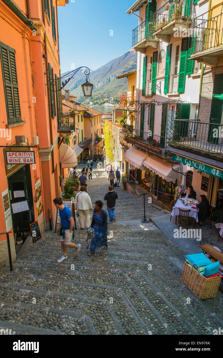 Steep cobbled street in Bellagio, Lake Como, Lombardy, Italy - Stock Image