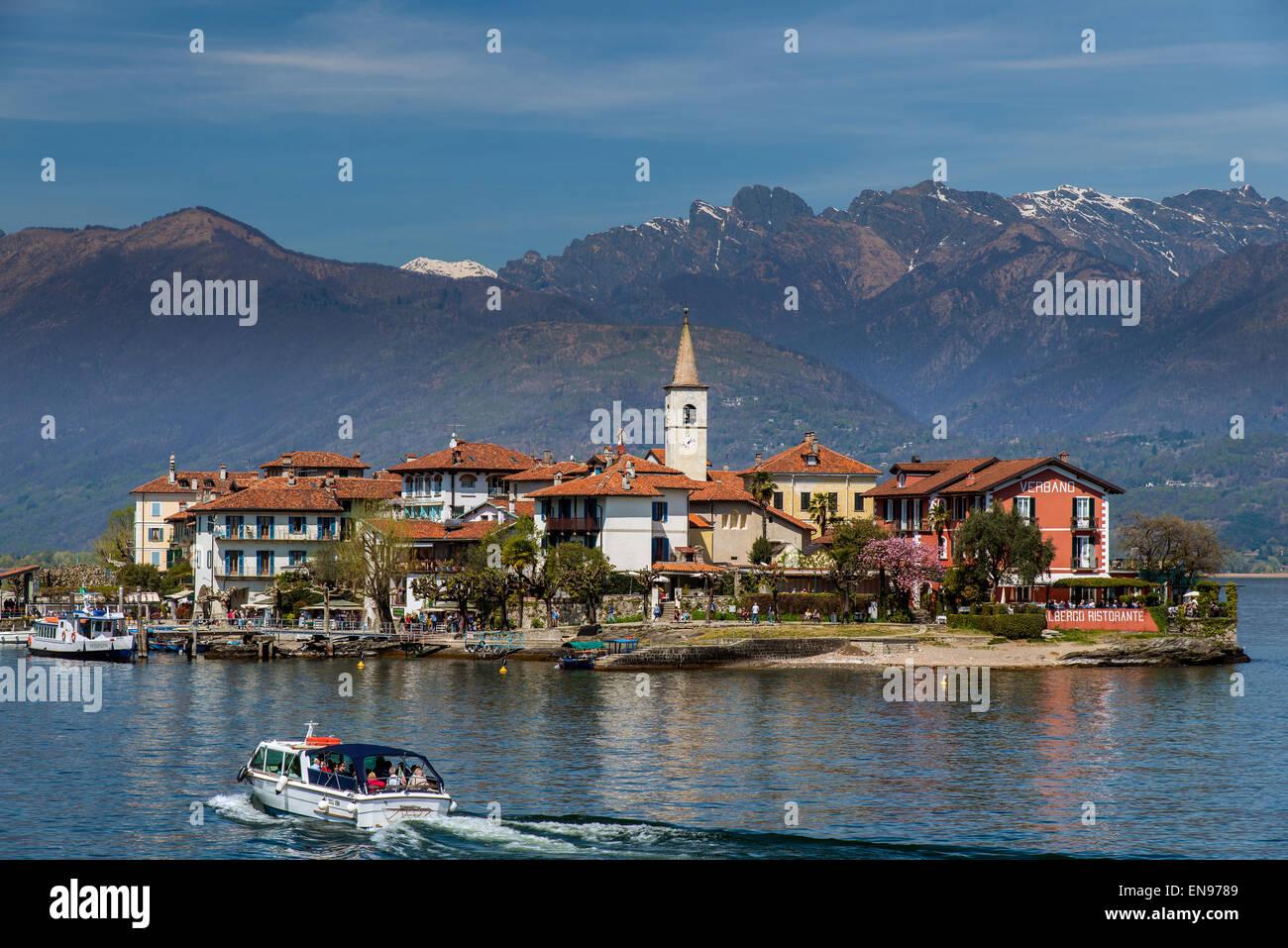 Isola dei Pescatori or Fishermen's Islands, Isole Borromee or Borromean Islands, Lake Maggiore, Piedmont, Italy - Stock Image