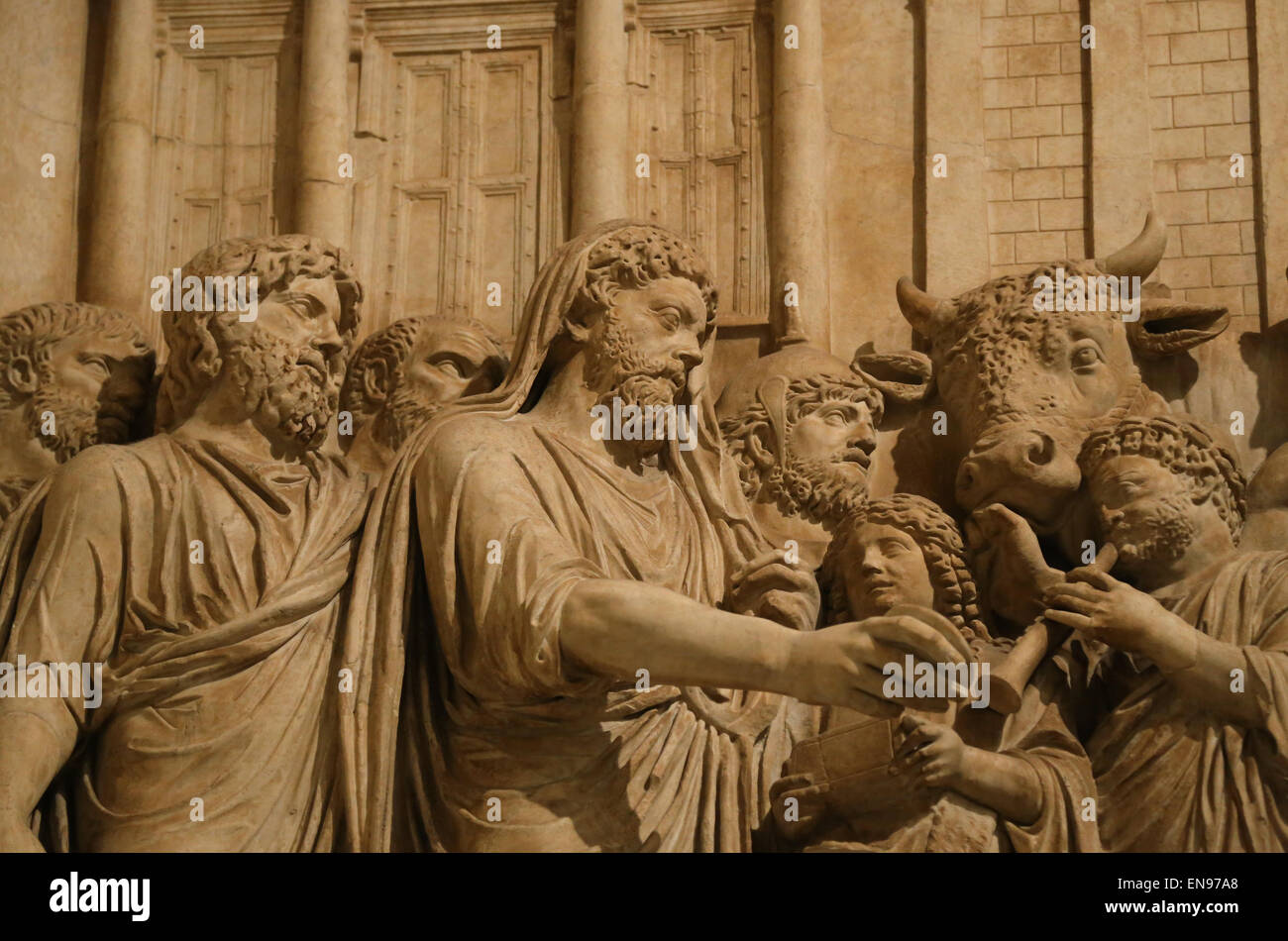 Relief of monument in honour of divine Marcus Aurelius (161-180 AD). Sacrificing before the Temple of Jupiter Capitolinus. - Stock Image