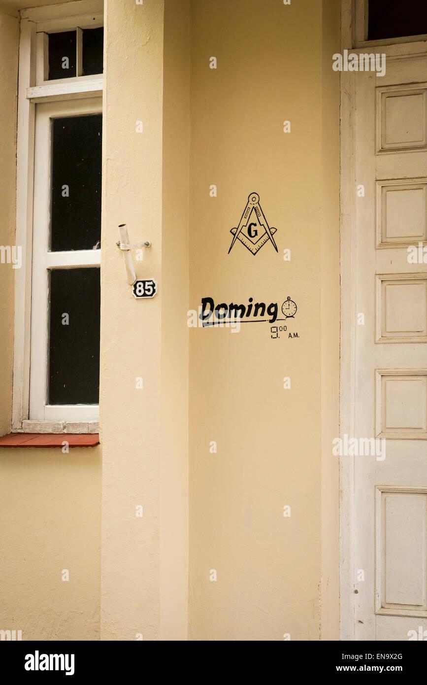 Cuba Vinales Logia Dignidad y Virtud Freemason Lodge house temple entrance door doorway insignia - Stock Image