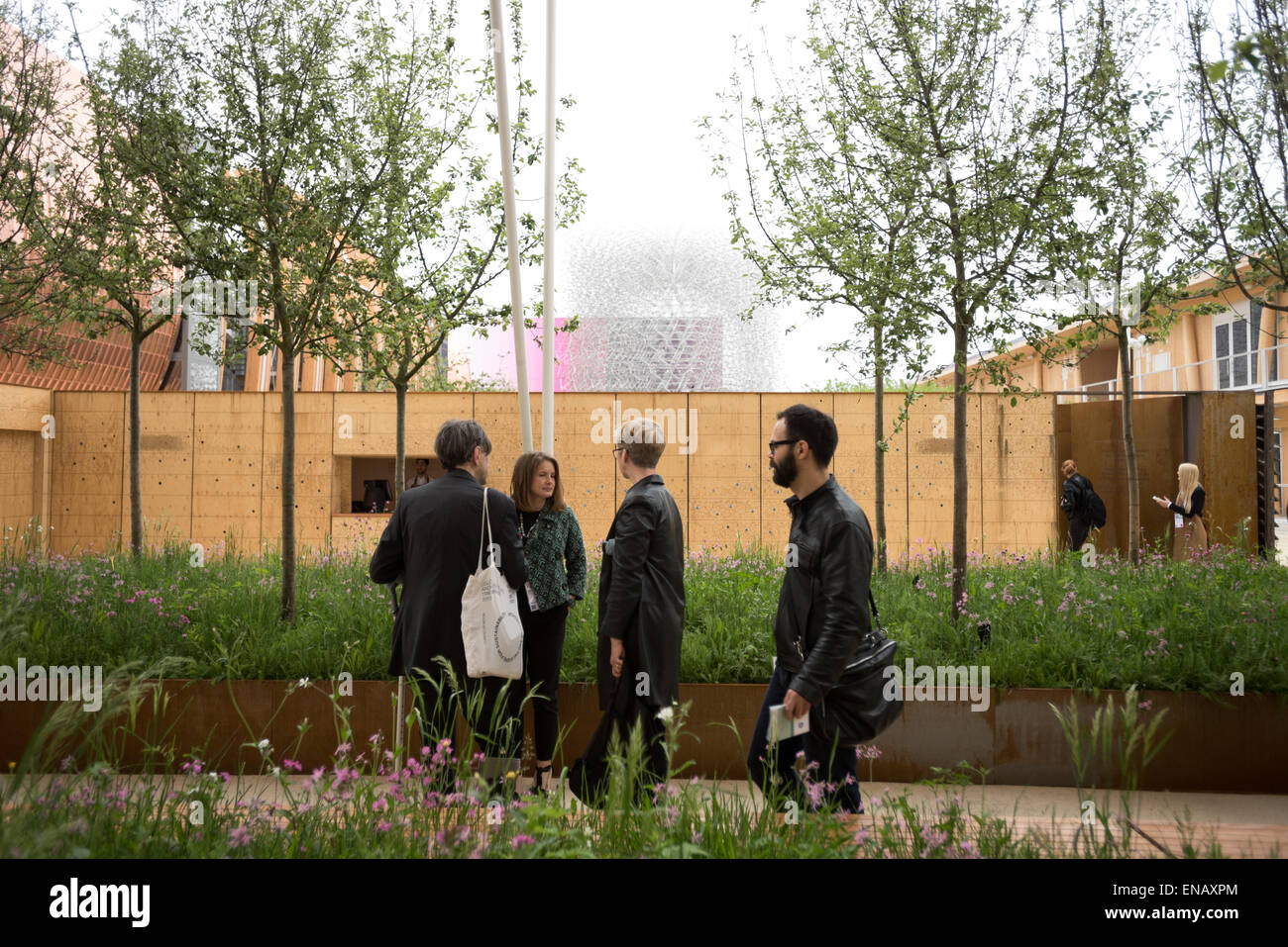 Milan, Italy - 1 May 2015: UK Pavilion as Expo Milano 2015 world fair kicks off under the rain. The Pavilion is - Stock Image