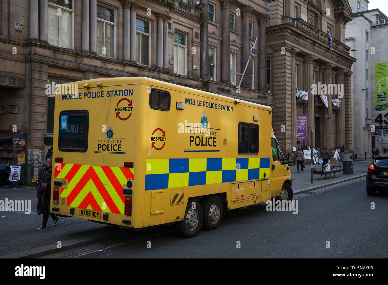Liverpool, Merseyside, 1st May, 2015. Mobile Police Station Vehicle; Homeless Demonstrators occupying old Bank of - Stock Image