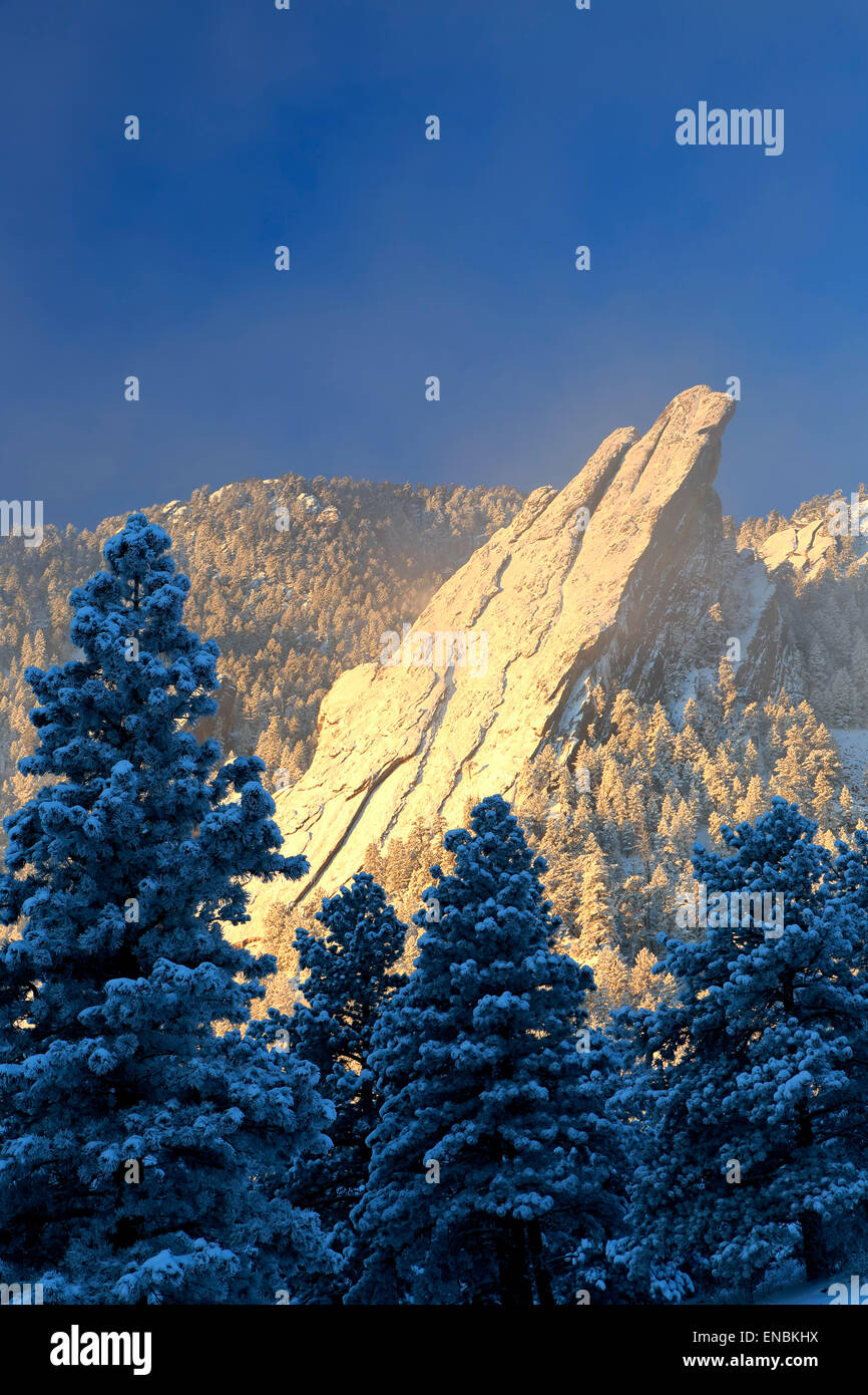Flatirons covered in snow, Boulder Open Space and Mountain Park, Boulder, Colorado USA - Stock Image