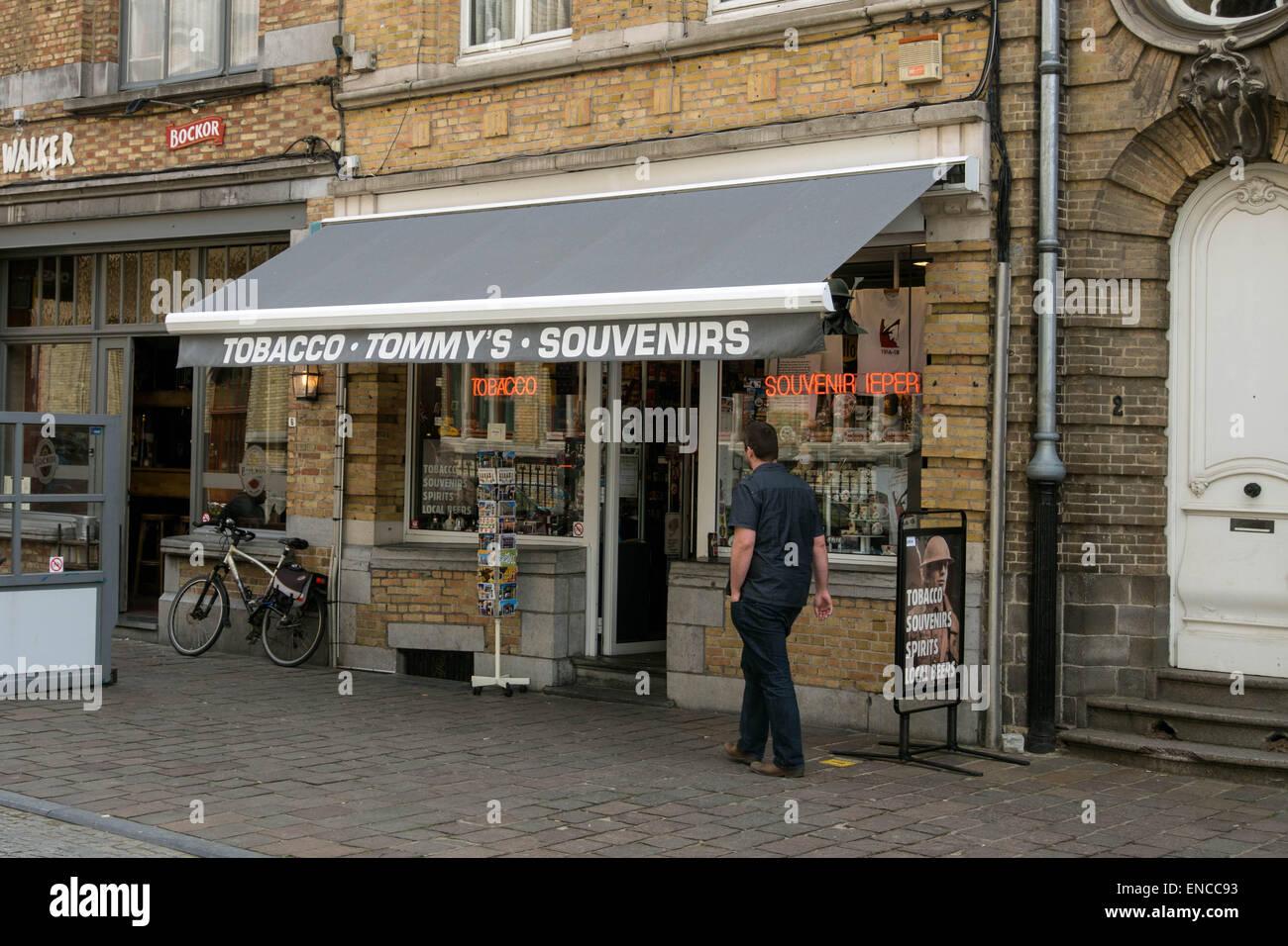 06f03319b6047 Souvenir shop in Ypres