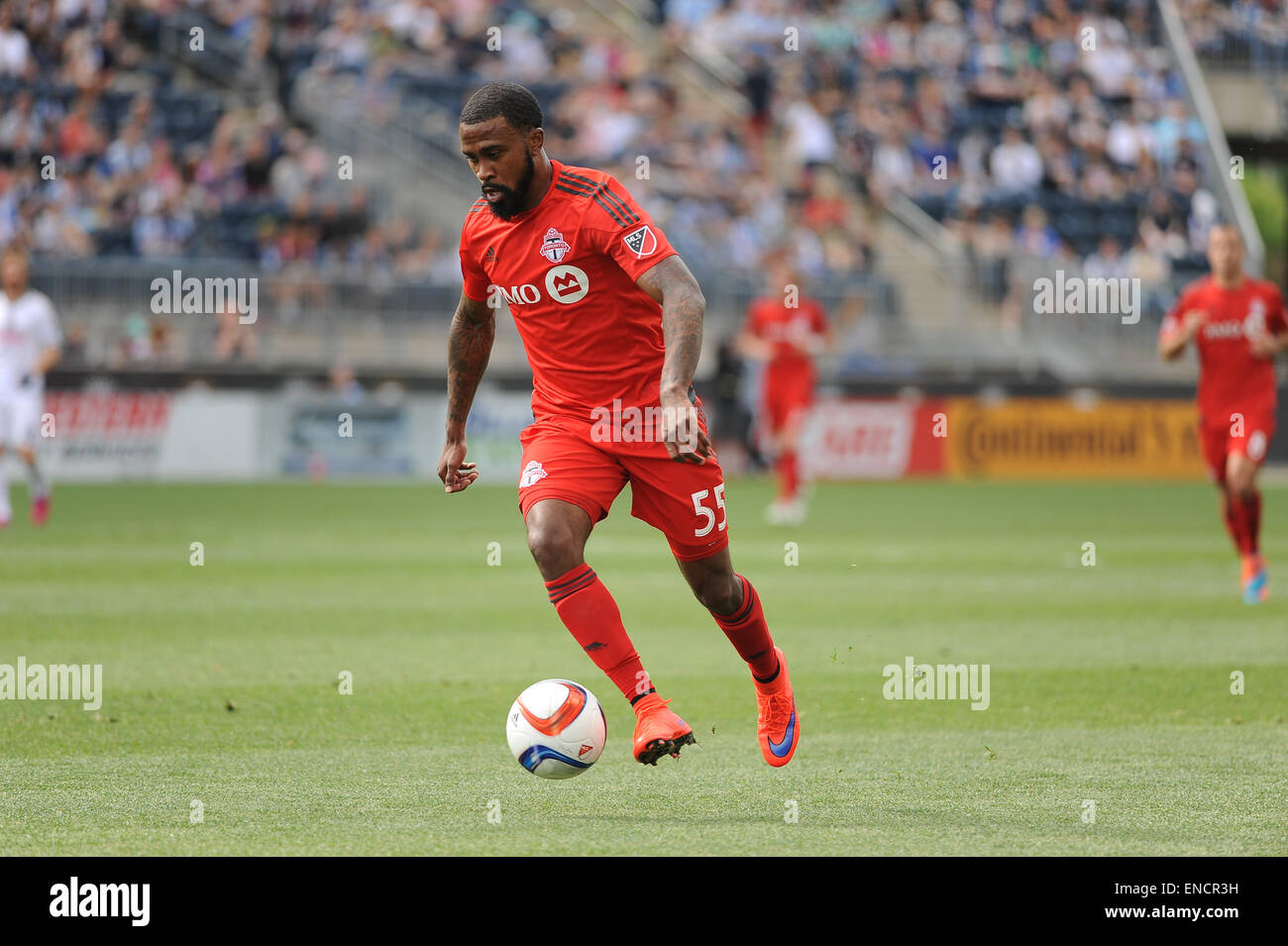 Chester, Pennsylvania, USA. 2nd May, 2015. Toronto FC forward, ROBBIE FINLEY (55), pushes the ball down the pitch Stock Photo