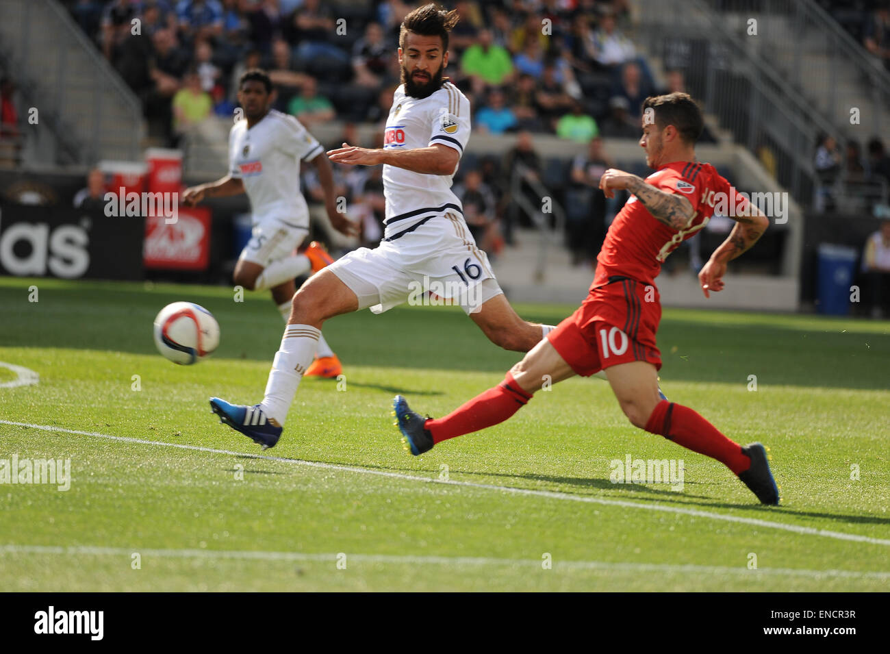 Chester, Pennsylvania, USA. 2nd May, 2015. Philadelphia Union player, RICHIE MARQUEZ (16), and Toronto player, SEBASTIEN Stock Photo