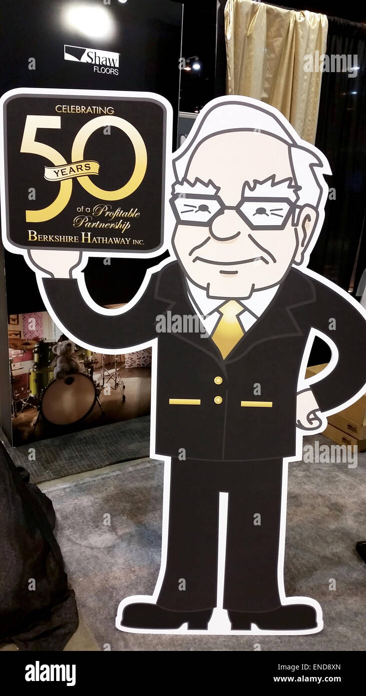 Omaha, USA. 2nd May, 2015. A stand-up display depicts US investor Warren Buffett during the annual shareholder's - Stock Image