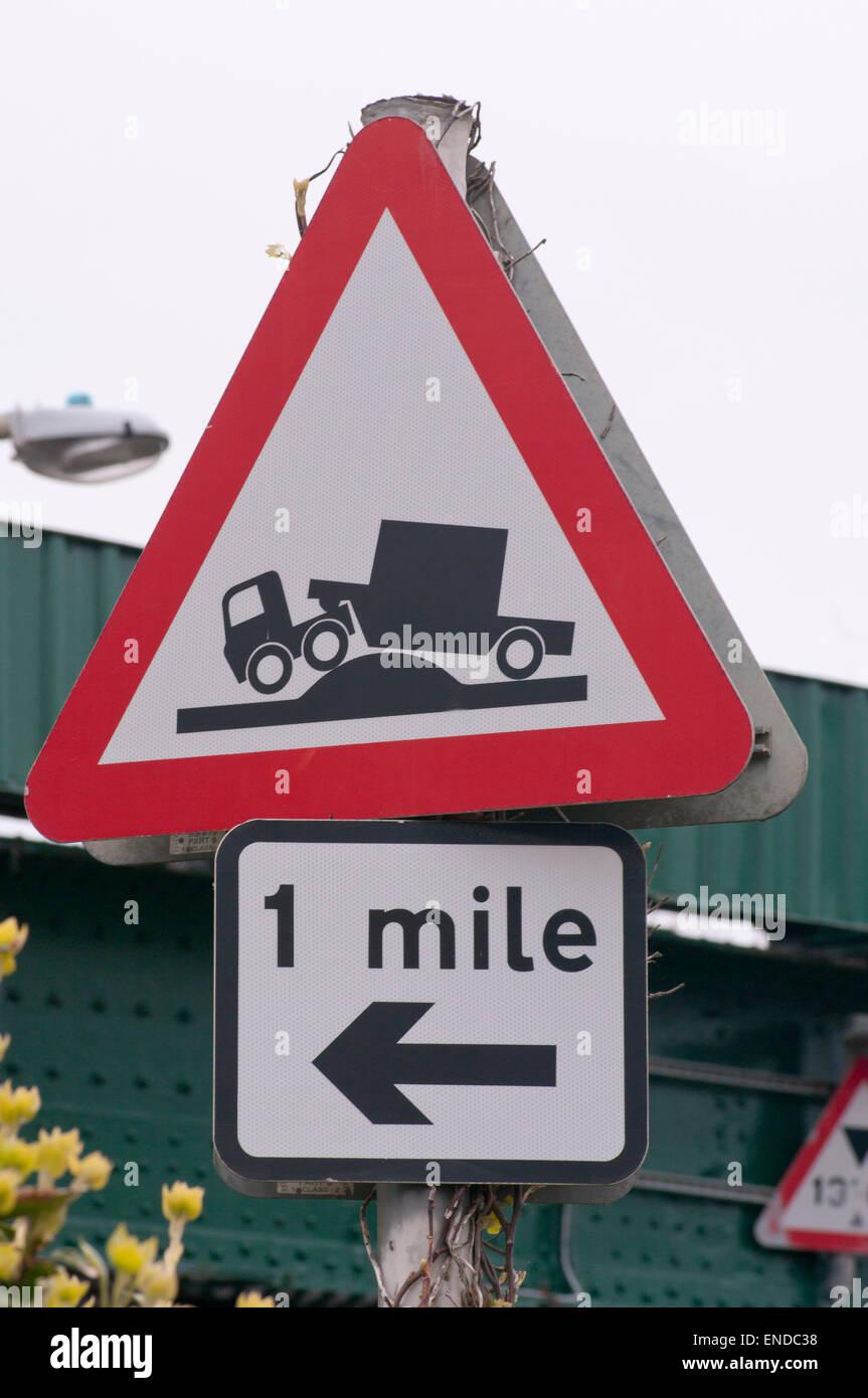 Triangular Road Sign Risk Of Grounding UK Stock Photo