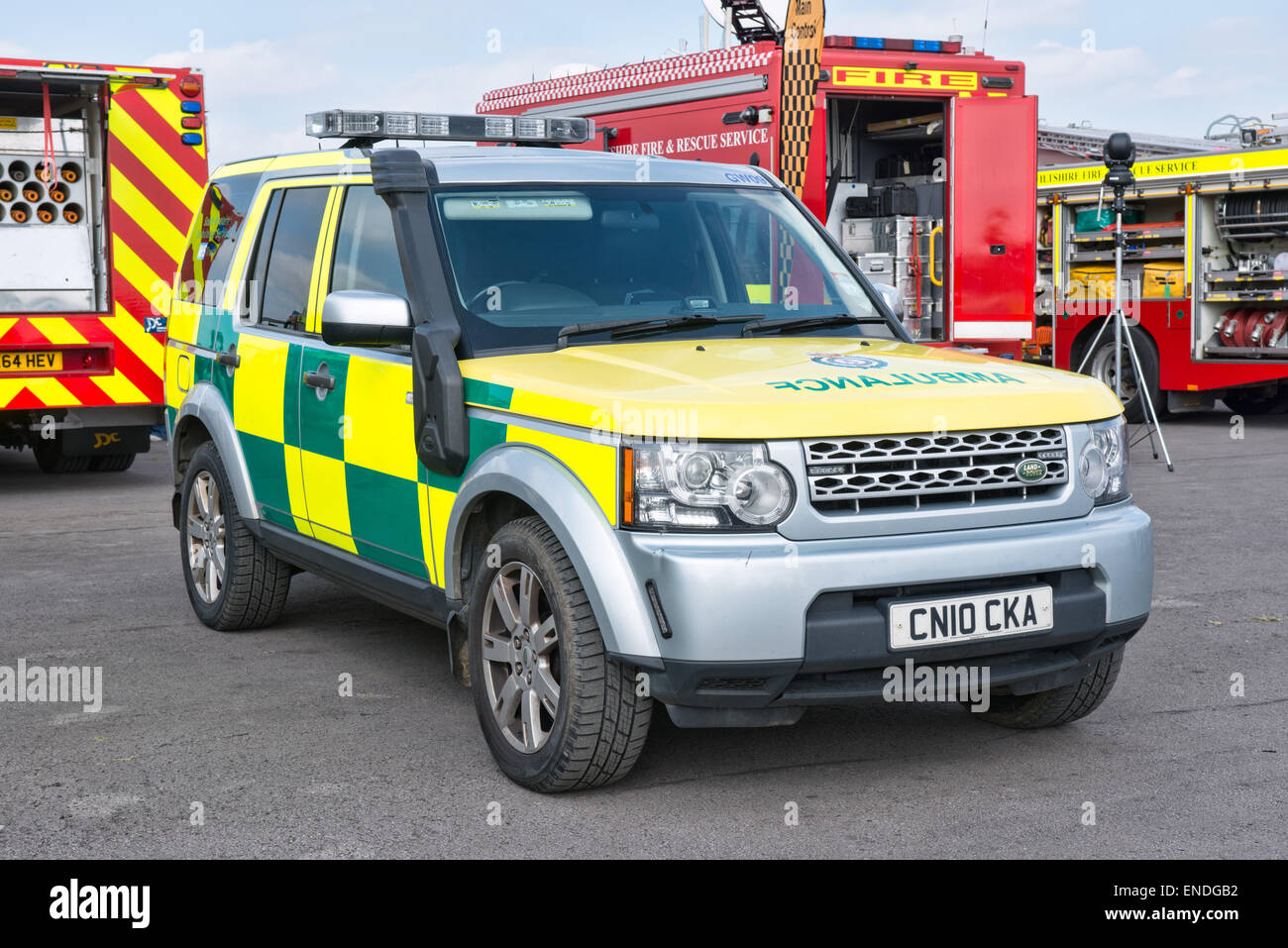 A Wiltshire NHS trust paramedic Landrover ambulance - Stock Image