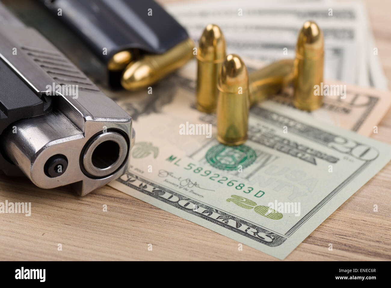 「us dollar as weapon」的圖片搜尋結果