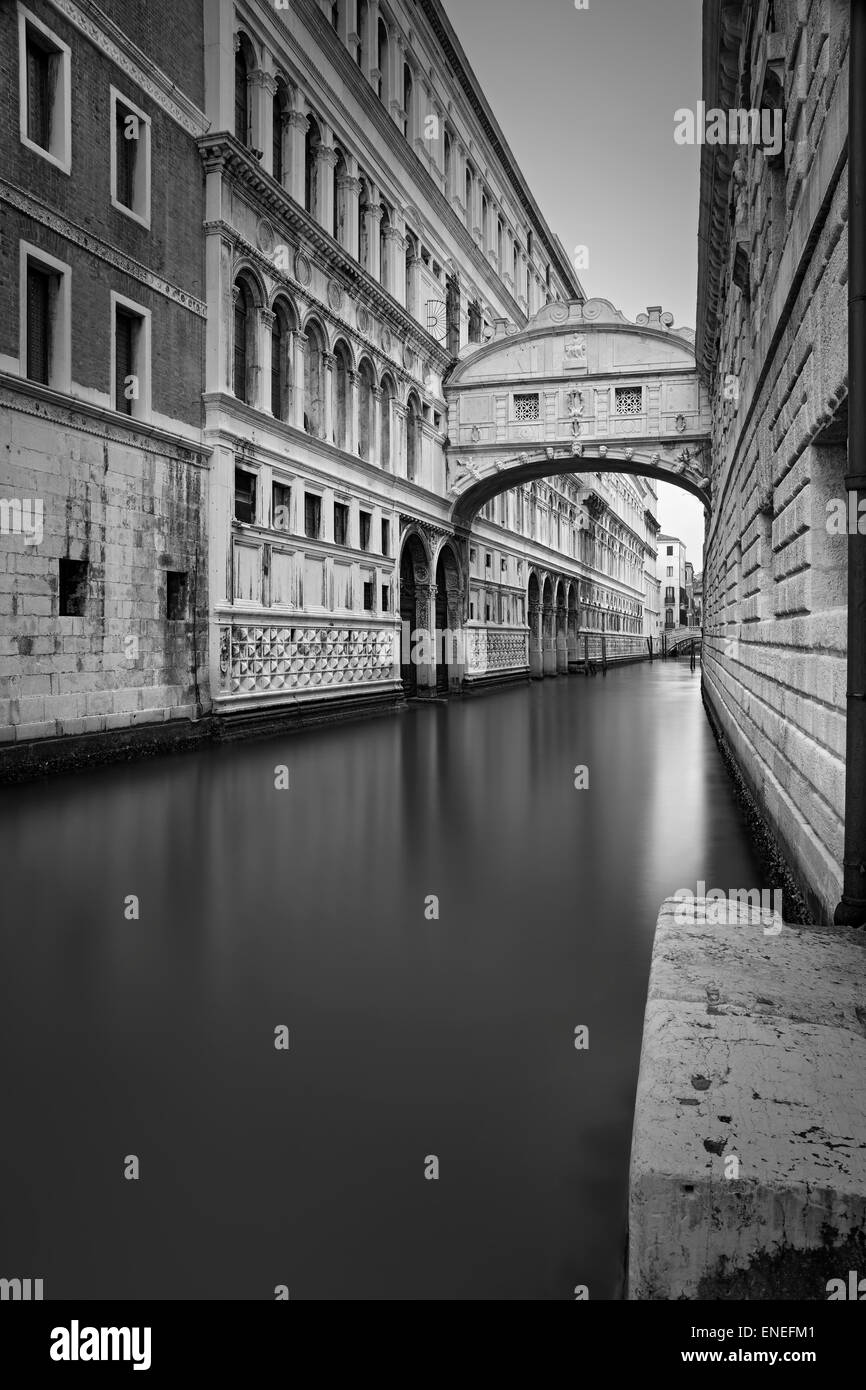 Venice. Black and white image of the famous Bridge of Sighs in Venice, Italy. - Stock Image