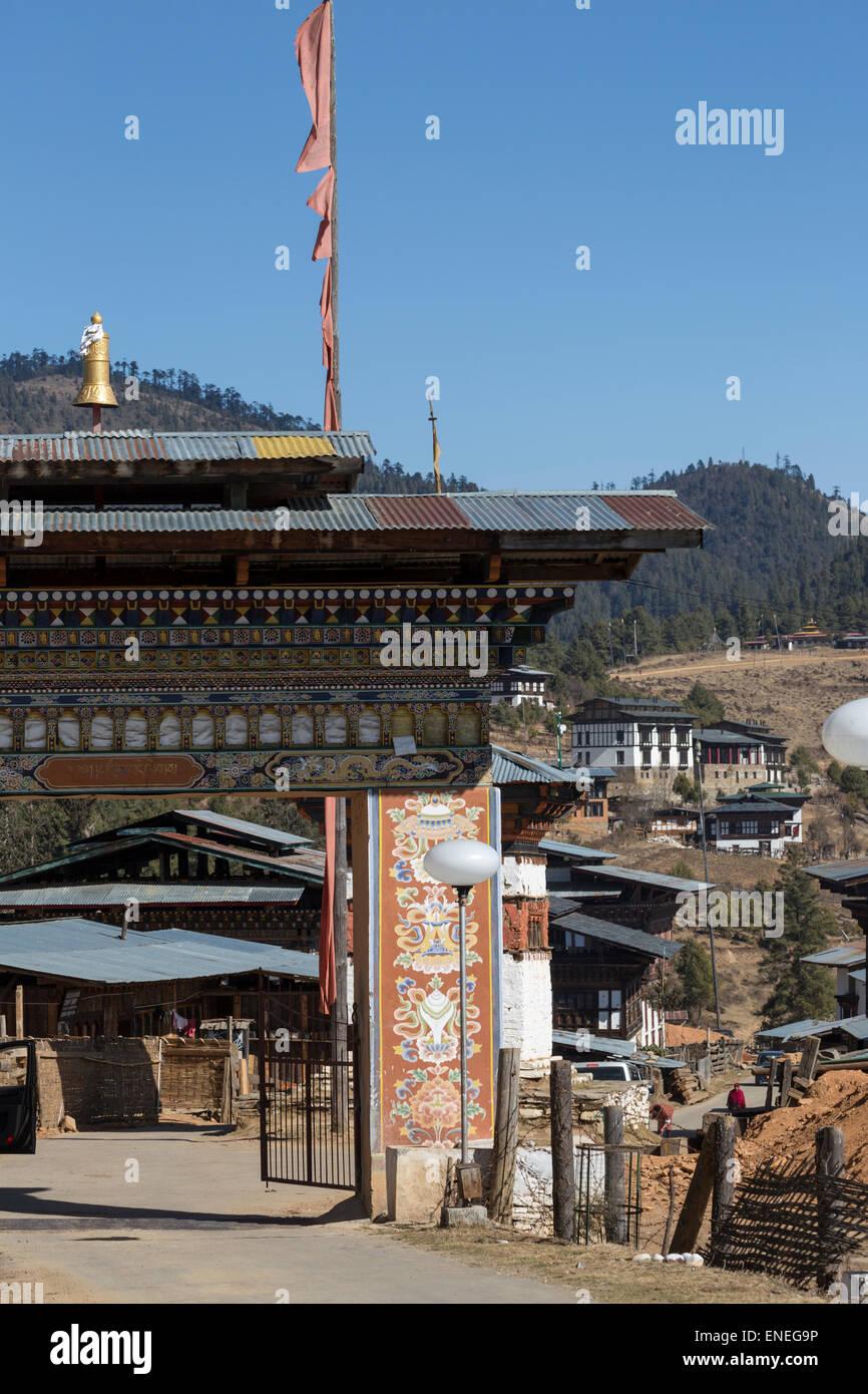 Main gate to Gangtey Monastery, Phobjikja Valley, Western Bhutan, Asia - Stock Image