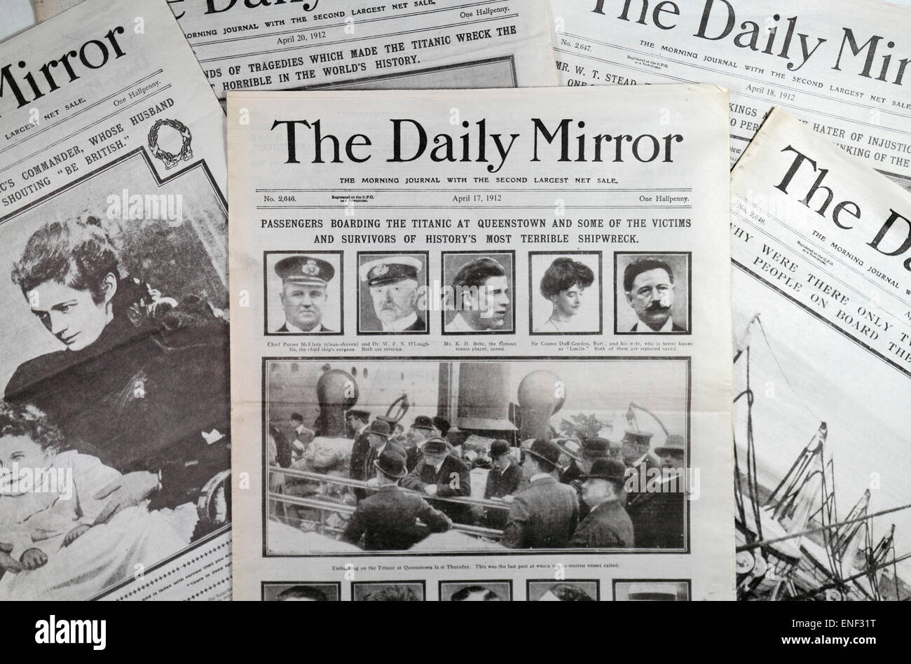 Reproduction Daily Mirror newspapers following the sinking of the SS Titanic on 14–15 April 1912. - Stock Image