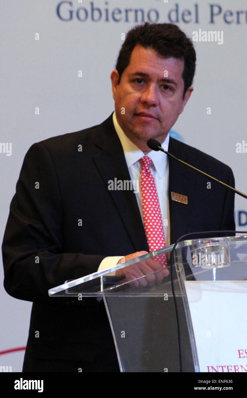 Lima, Peru. 4th May, 2015. Alberto Rodriguez, World Bank's director for Bolivia, Chile, Ecuador, Peru and Venezuela, - Stock Image