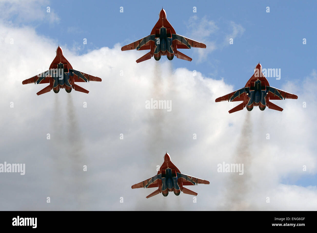 Moscow, Russia. 5th May, 2015. The Swifts aerobatic team flys during the miliary parade rehearsal in Kubinka, Russia, Stock Photo