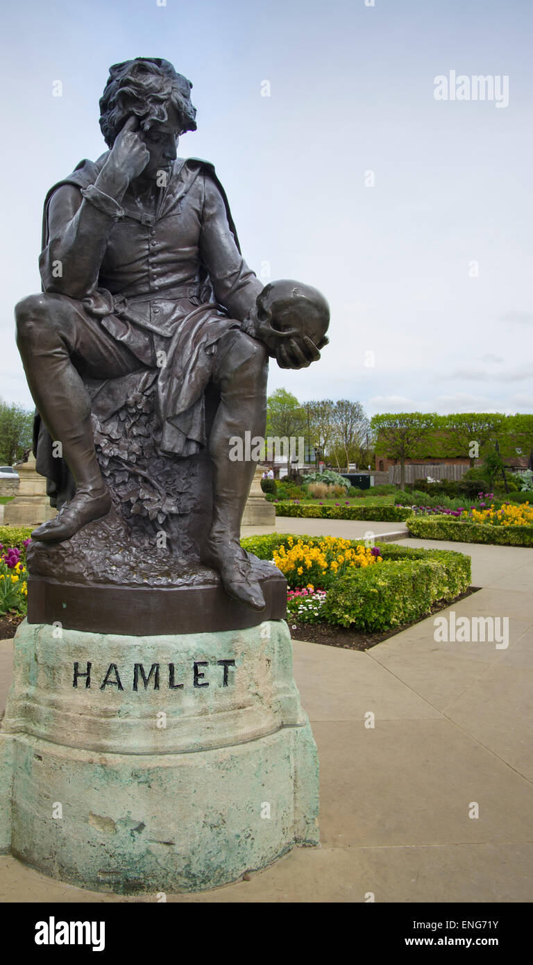 Stratford Upon Avon,England.  May 4th,2015.  Statue of William Shakespeare character Hamlet - Stock Image
