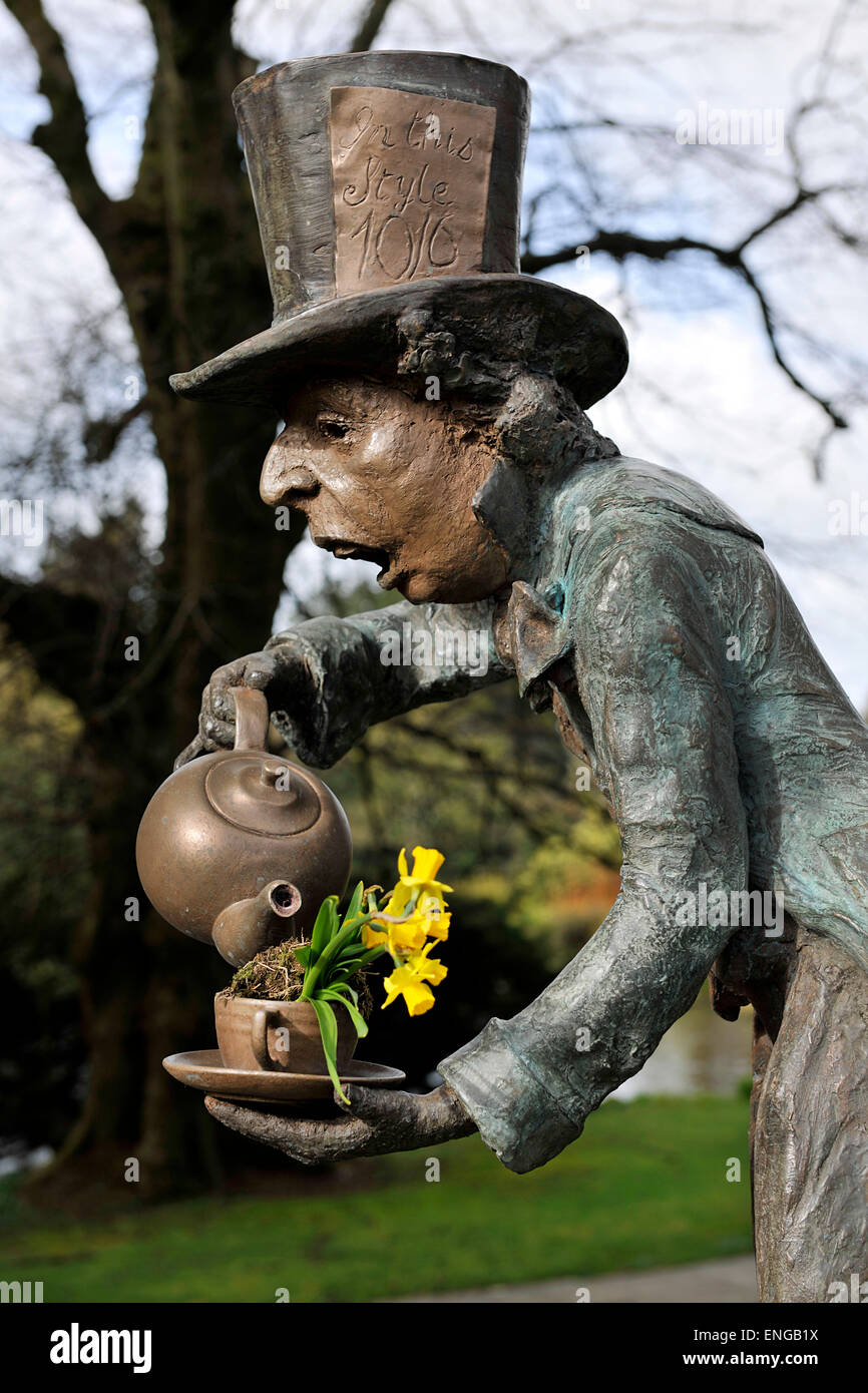 Mad Hatter, Alice in Wonderland figure in Kilver Court Gardens, Shepton Mallet, Somerset, owned by Roger and Monty - Stock Image