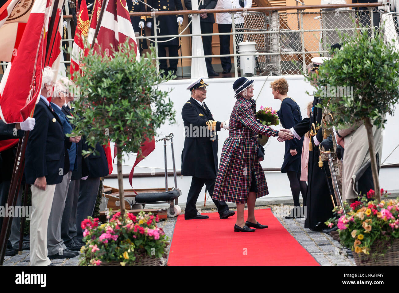 Helsingore, Denmark. 5th May, 2015. H. M. Queen Margrethe and Prince Consort Henrik has arrived to Helsingore onboard - Stock Image