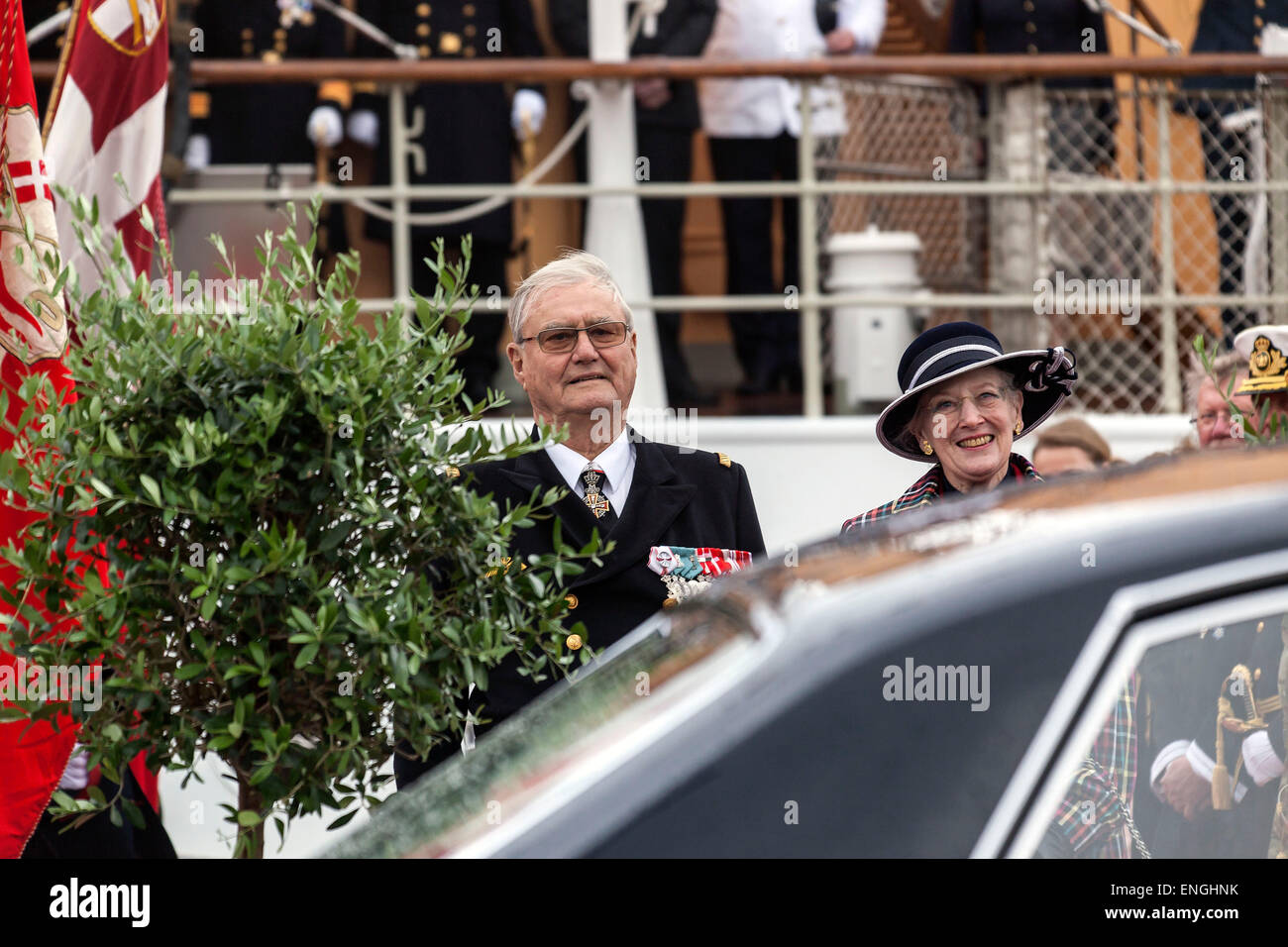 Helsingore, Denmark. 5th May, 2015. Prince Consort Henrik and H. M. Queen Margrethe pictured at their visit to Helsingore - Stock Image