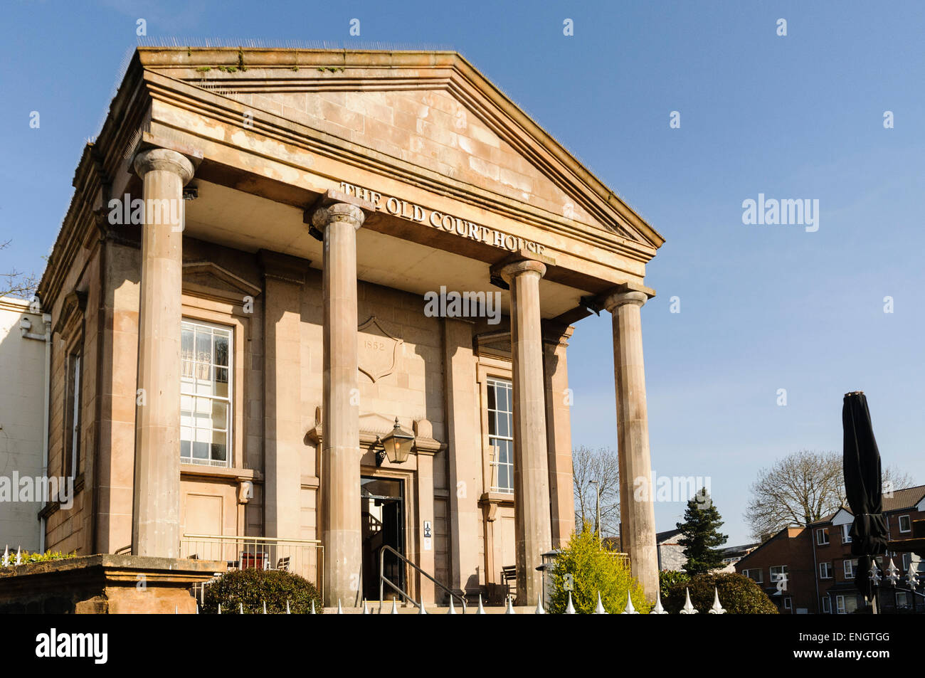 The Old Courthouse, Wetherspoons pub, Coleraine, Northern Ireland - Stock Image