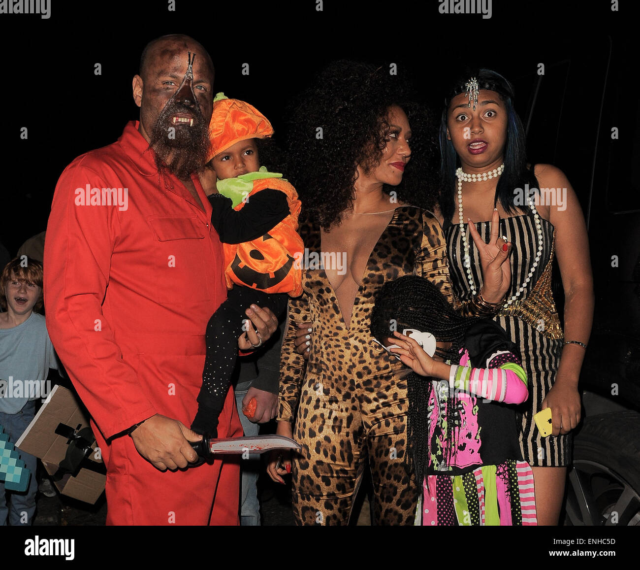 jonathan ross halloween party arrivals mel b attends the party dressed as her popstar alter ego scary spice while husband stephen belafonte attends