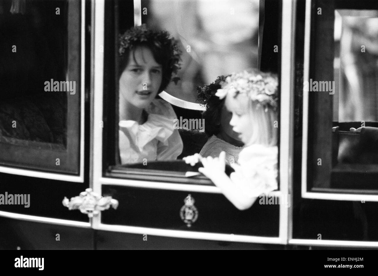 Wedding day of Prince Charles & Lady Diana Spencer, 29th July 1981. Pictured: Bridal attendants in royal procession, India Hicks (aged 13) & Clementine Hambro (aged 5). Stock Photo