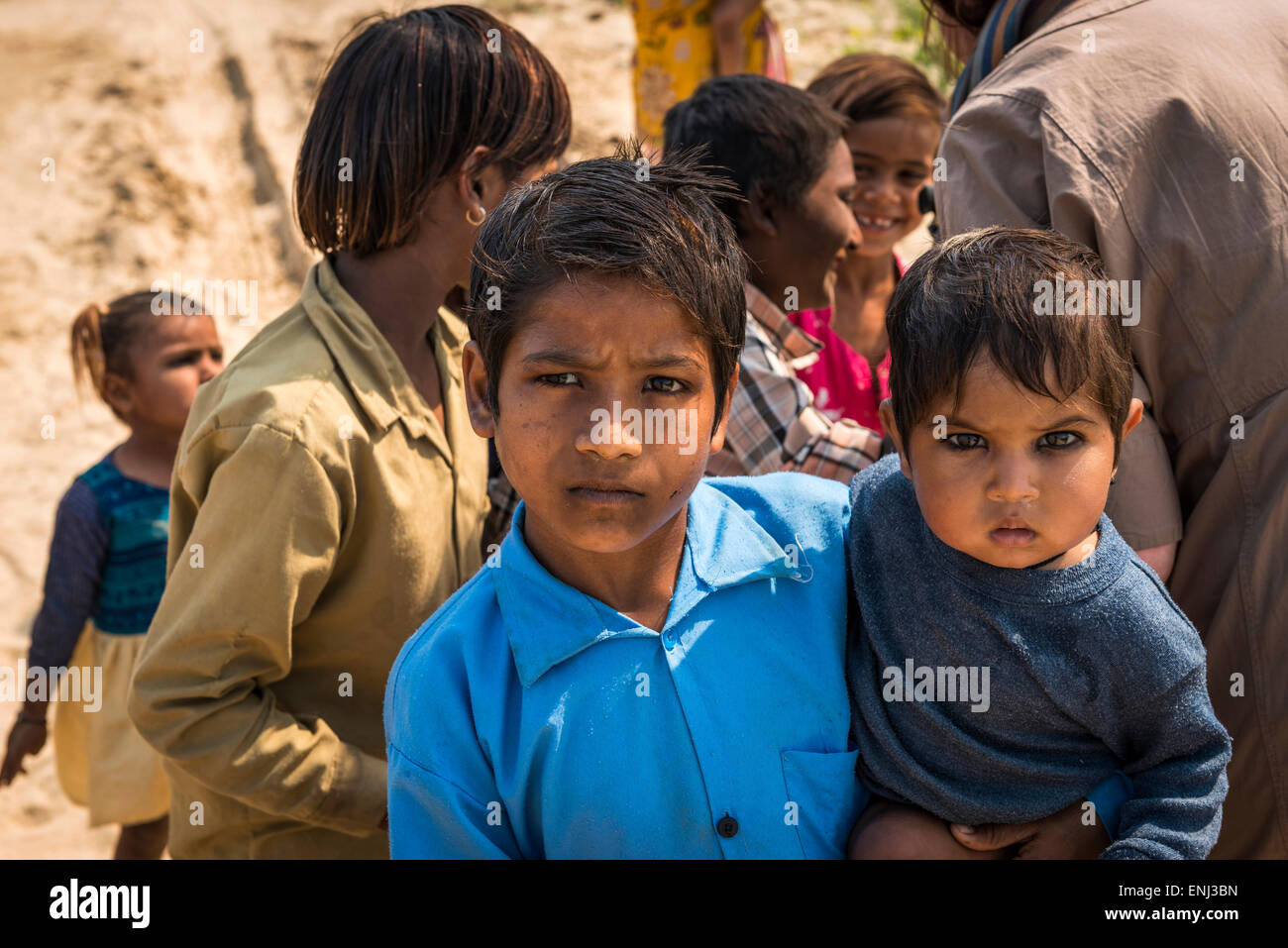 Children of the labourers at a brick works in Uttar Pradesh, India - Stock Image
