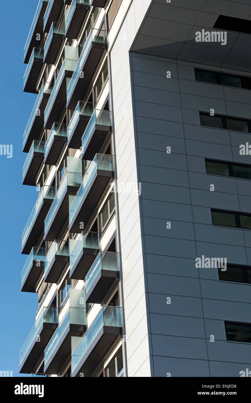 Residential tower block, Cologne, Germany. - Stock Image