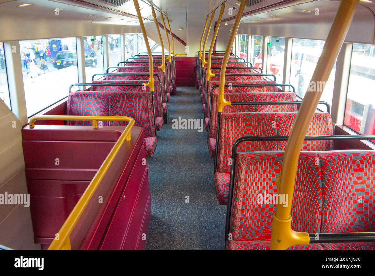 new london routemaster double decker interior Stock Photo: 82157136 ...