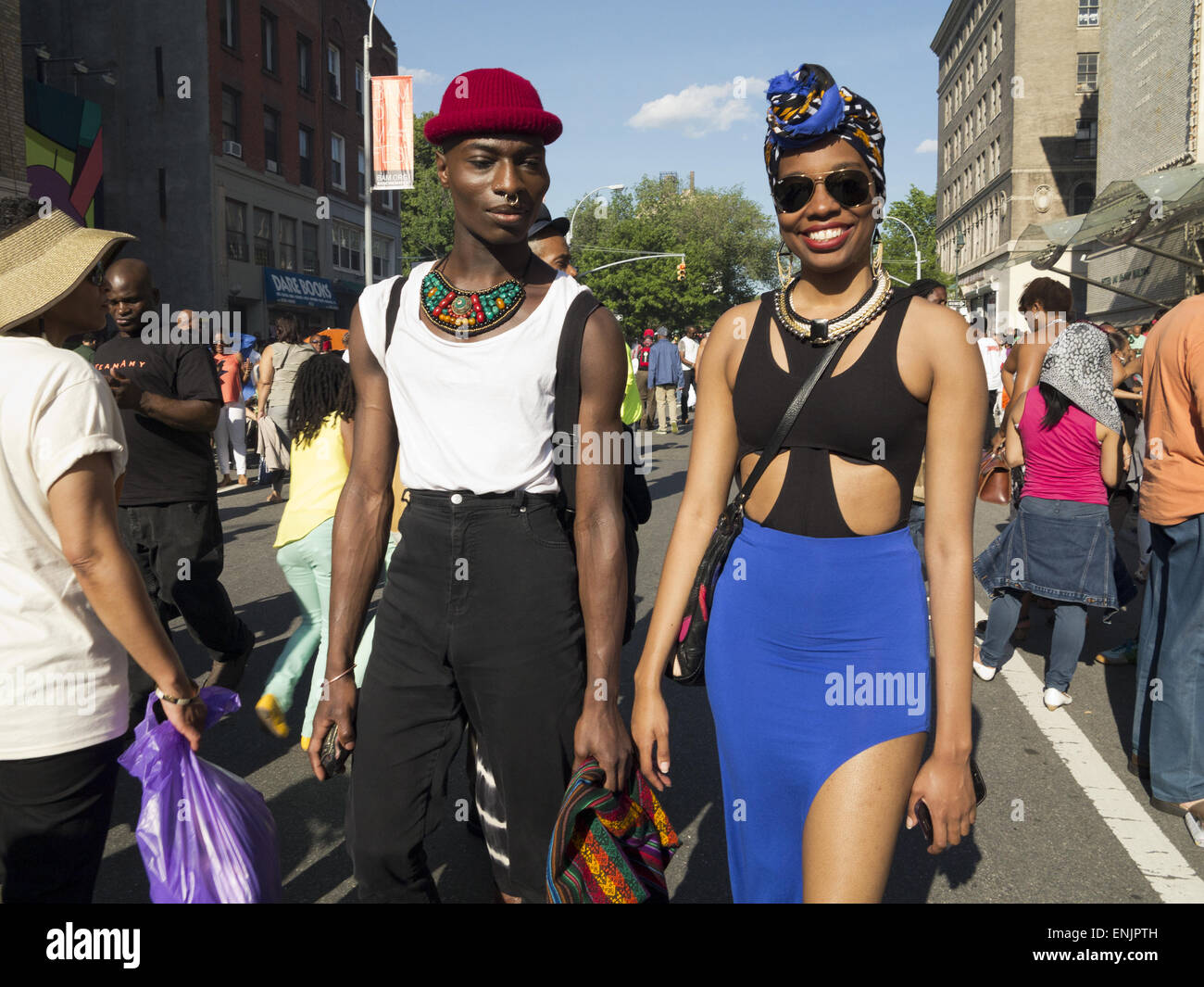 Friends Wearing African Inspired Clothing And Jewelry At The Dance Stock Photo Alamy