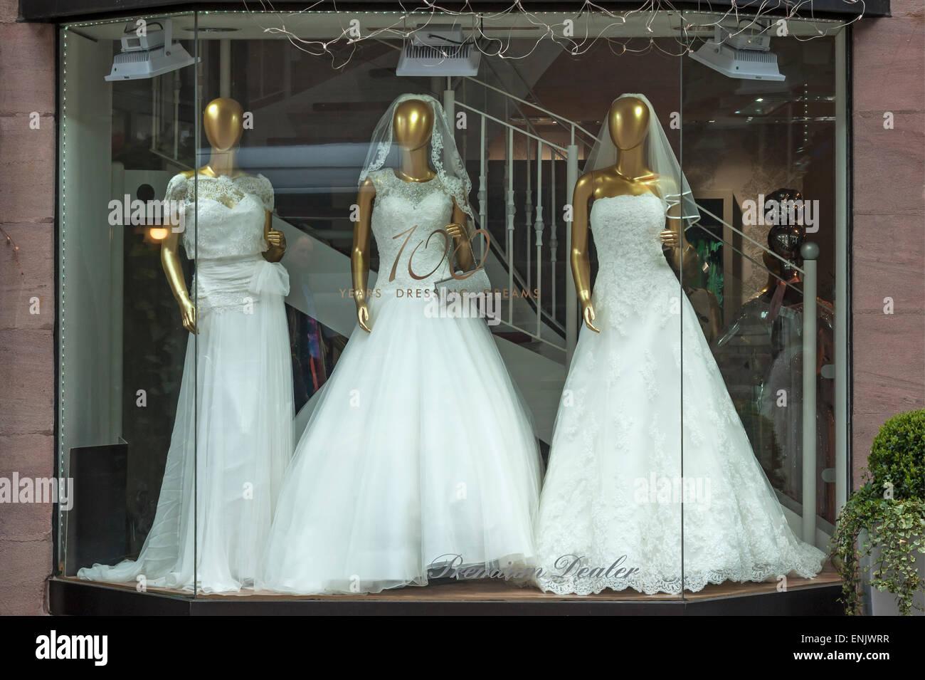 Wedding Shop Window Stock Photos & Wedding Shop Window Stock Images ...