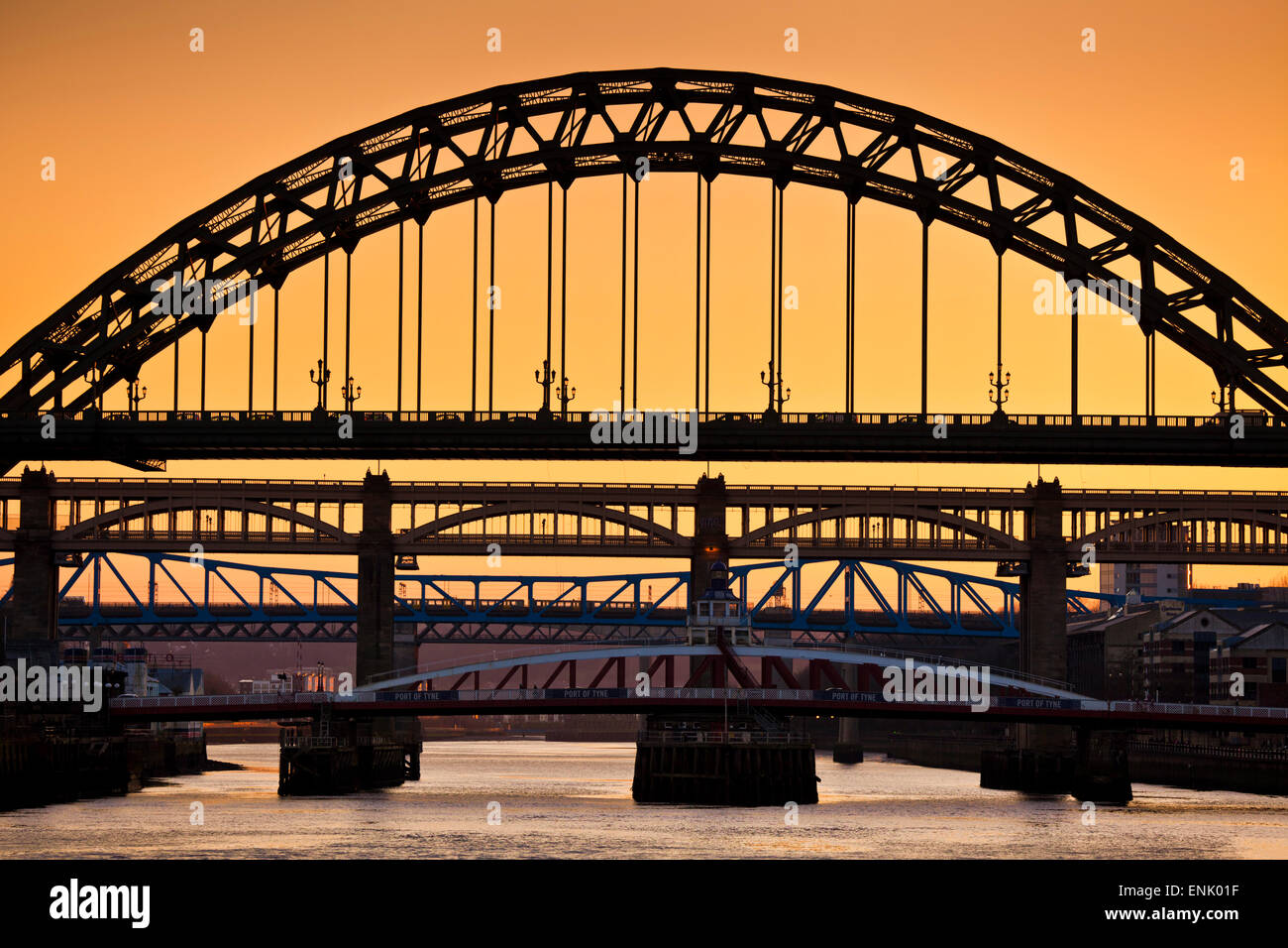 Newcastle upon Tyne skyline, Gateshead with the Tyne Bridge over River Tyne, Tyne and Wear, Tyneside, England, United - Stock Image