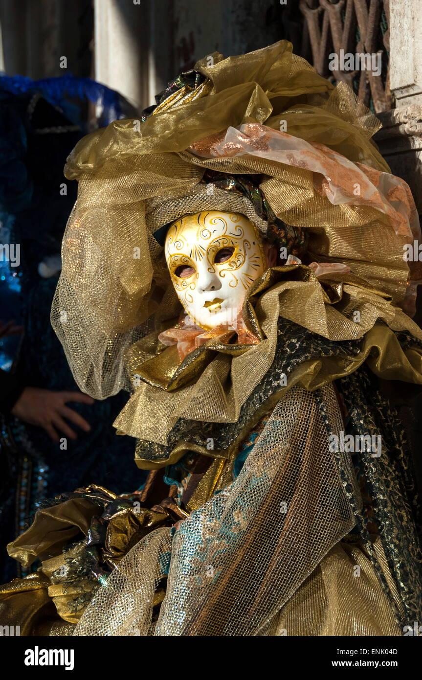 Lady in gold, Venice Carnival, Venice, Veneto, Italy, Europe - Stock Image