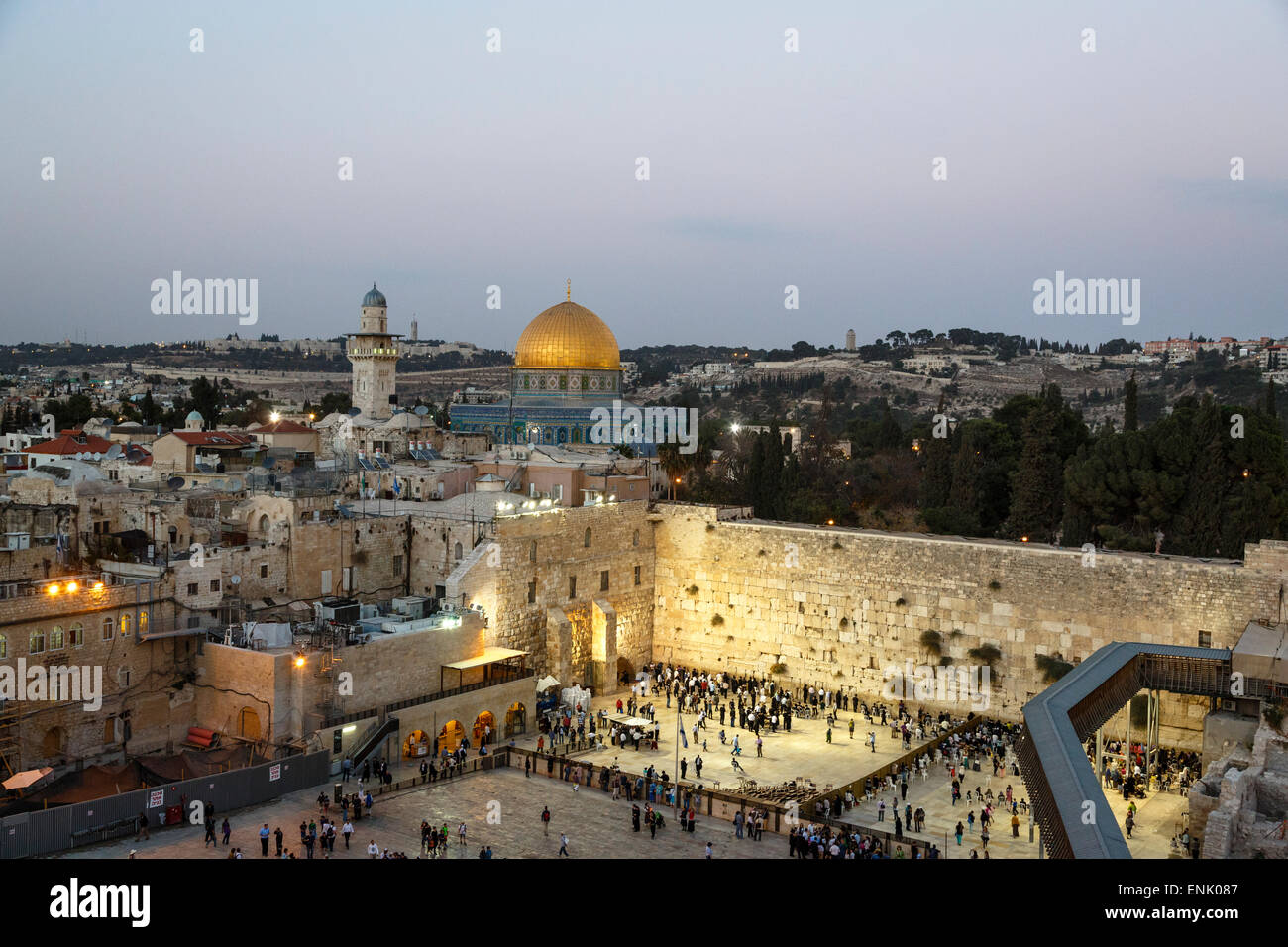 View over the Western Wall (Wailing Wall) and the Dome of the Rock Mosque, UNESCO, Jerusalem, Israel, Middle East - Stock Image