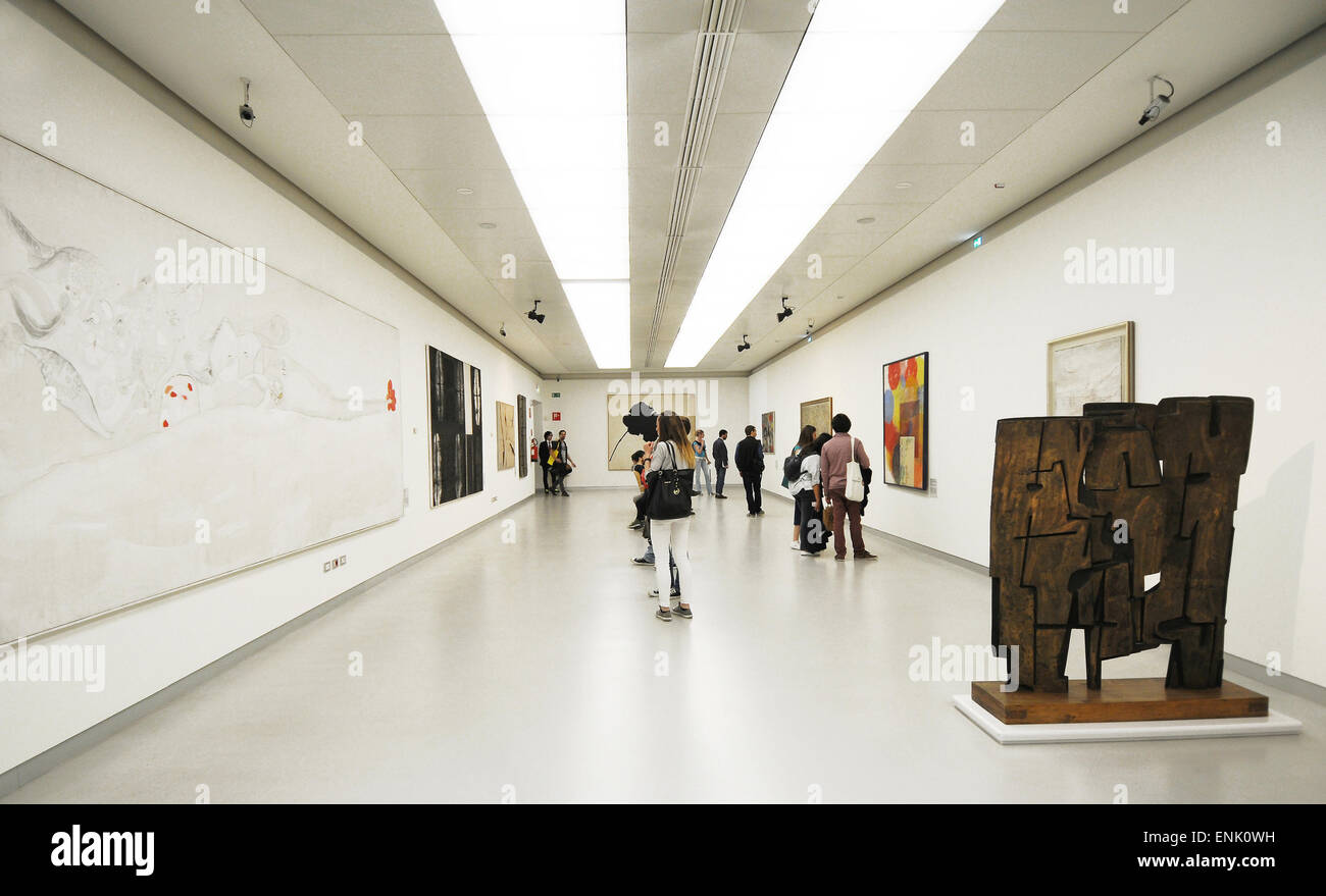 Italy, Milan, the modern arts museum of the 900 in the Arengario palace at Duomo square - Stock Image