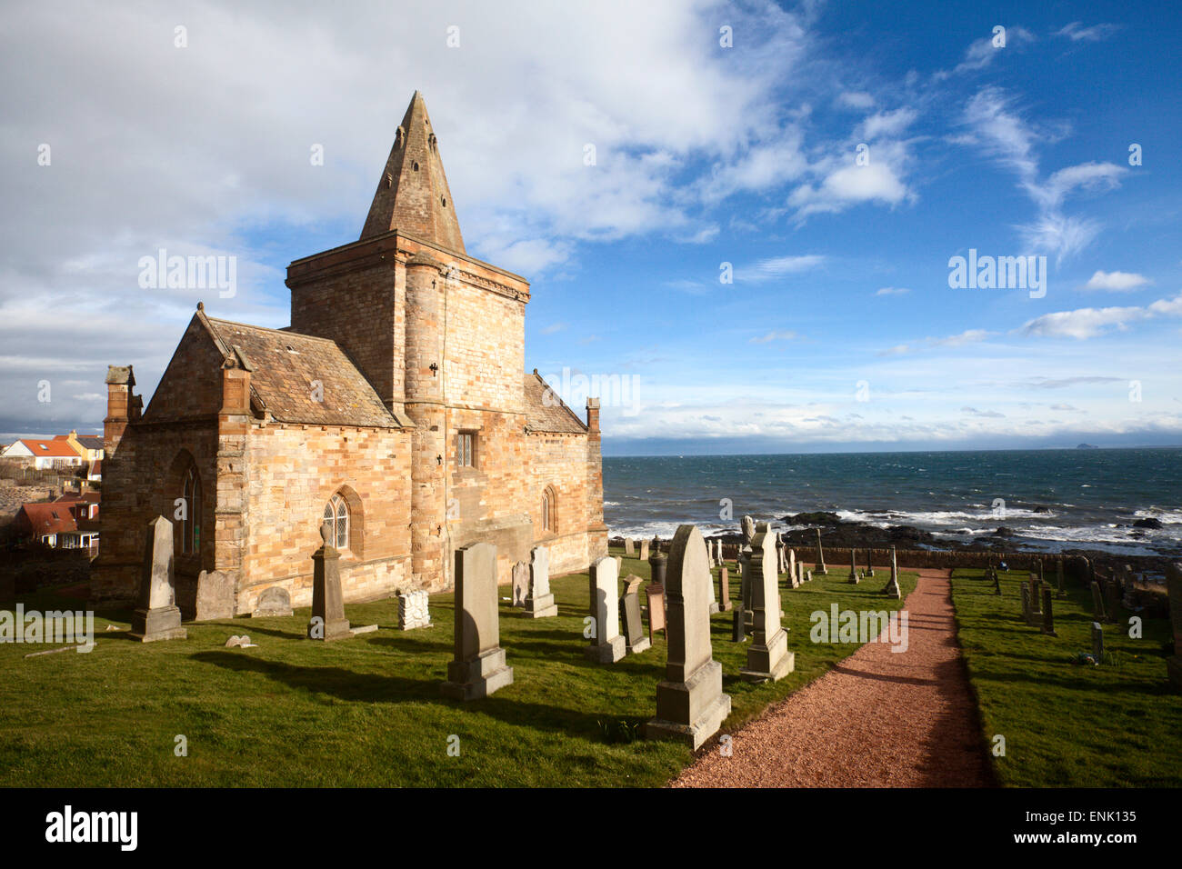 The Auld Kirk and Kirkyard on the Fife Coast at St. Monans, Fife, Scotland, United Kingdom, Europe - Stock Image