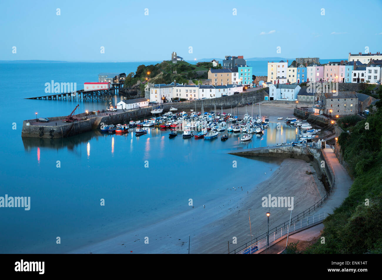 View over harbour and castle, Tenby, Carmarthen Bay, Pembrokeshire, Wales, United Kingdom, Europe - Stock Image