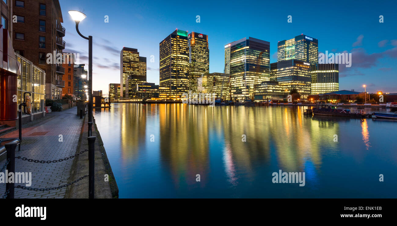 Canary Wharf at dusk, Docklands, London, England, United Kingdom, Europe - Stock Image