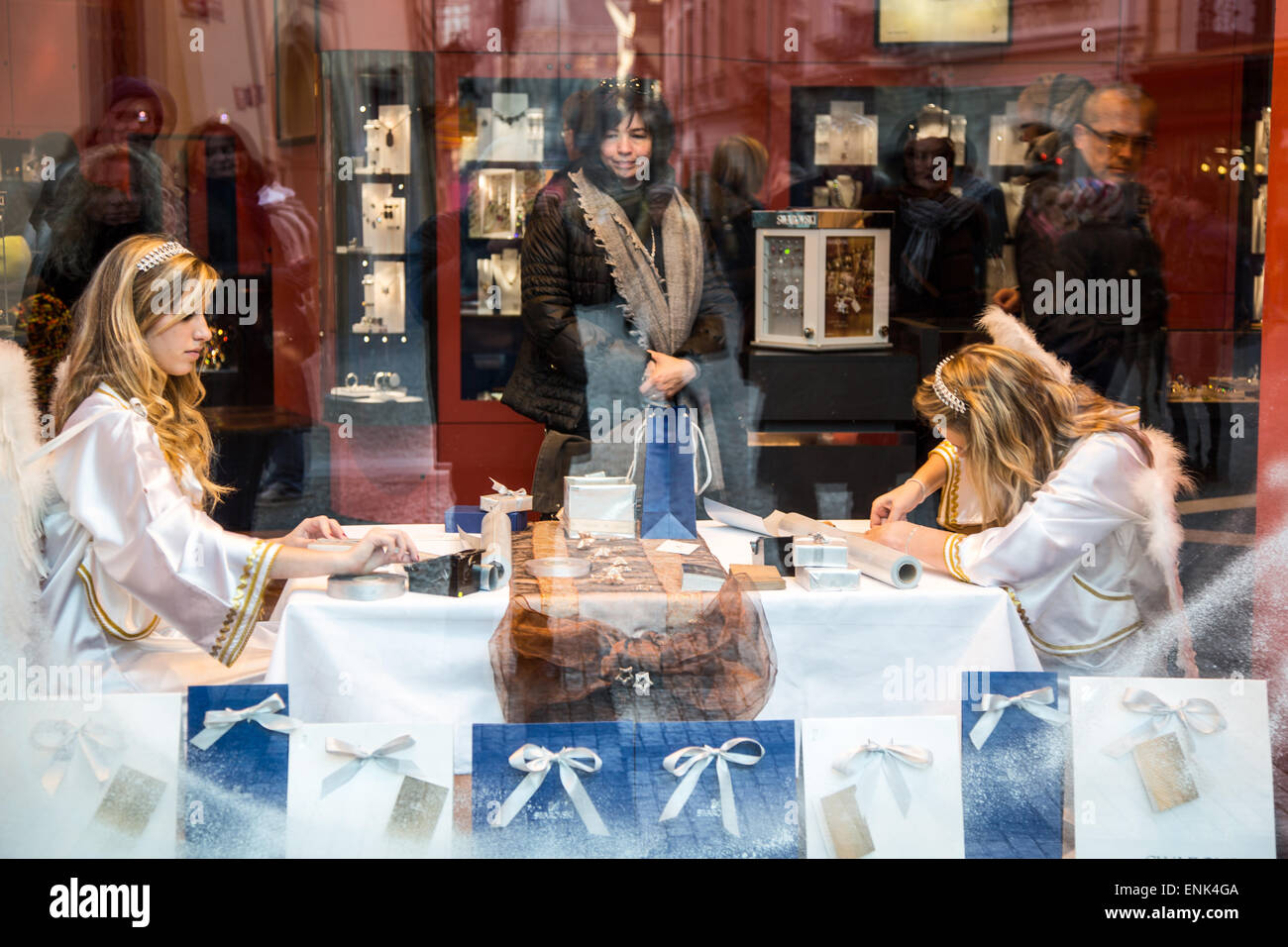 Prague, Old City district, ledies in a Christmas shop window - Stock Image
