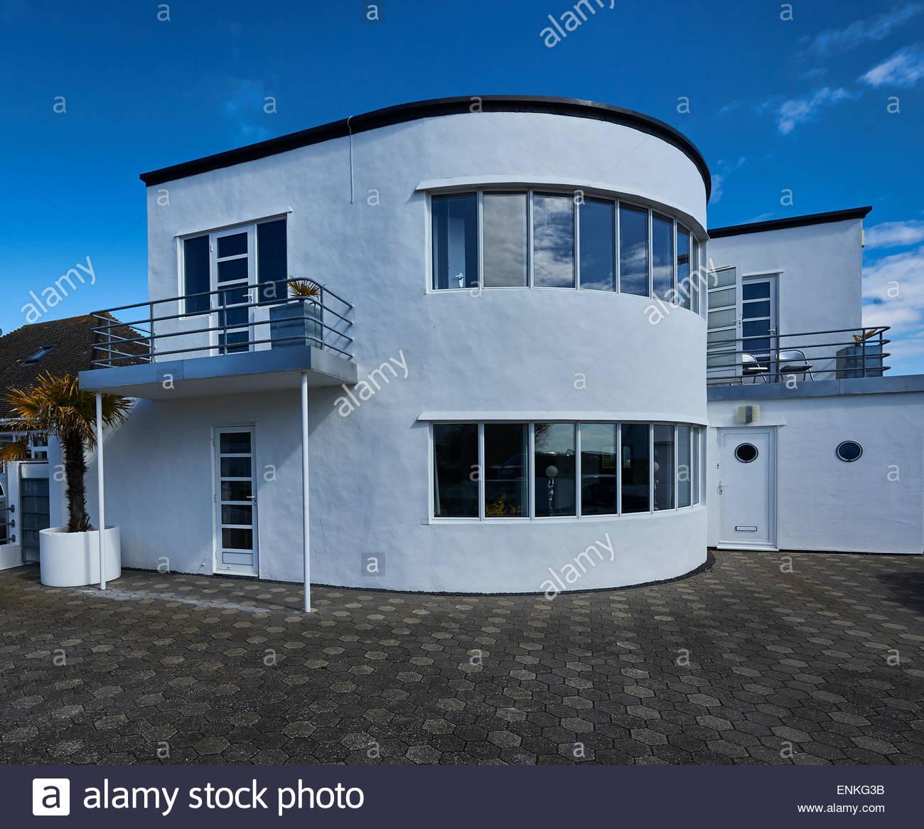 Art Deco Homes: An Art Deco House At Frinton-on-Sea, Essex Stock Photo