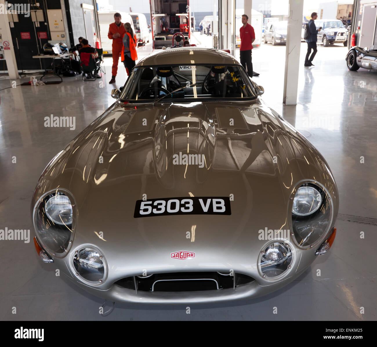 Jaguar Dealer Melbourne: Racing Jaguar Stock Photos & Racing Jaguar Stock Images