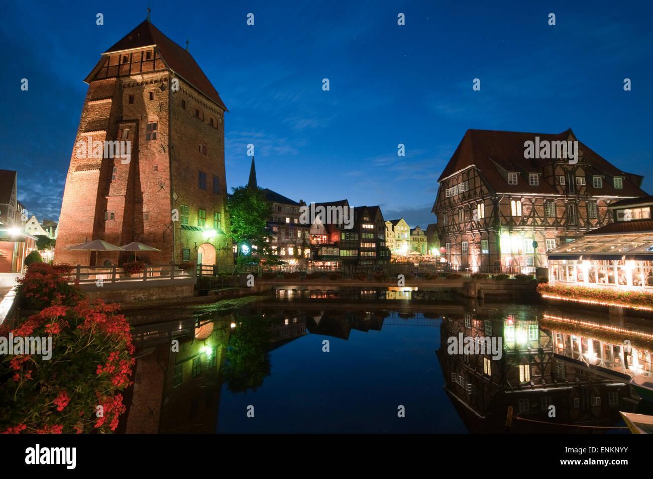 Luener Muehle und Abtsmuehle, Daemmerung, Alter Hafen, Lueneburg, Niedersachsen, Deutschland |  Luener Mill and - Stock Image