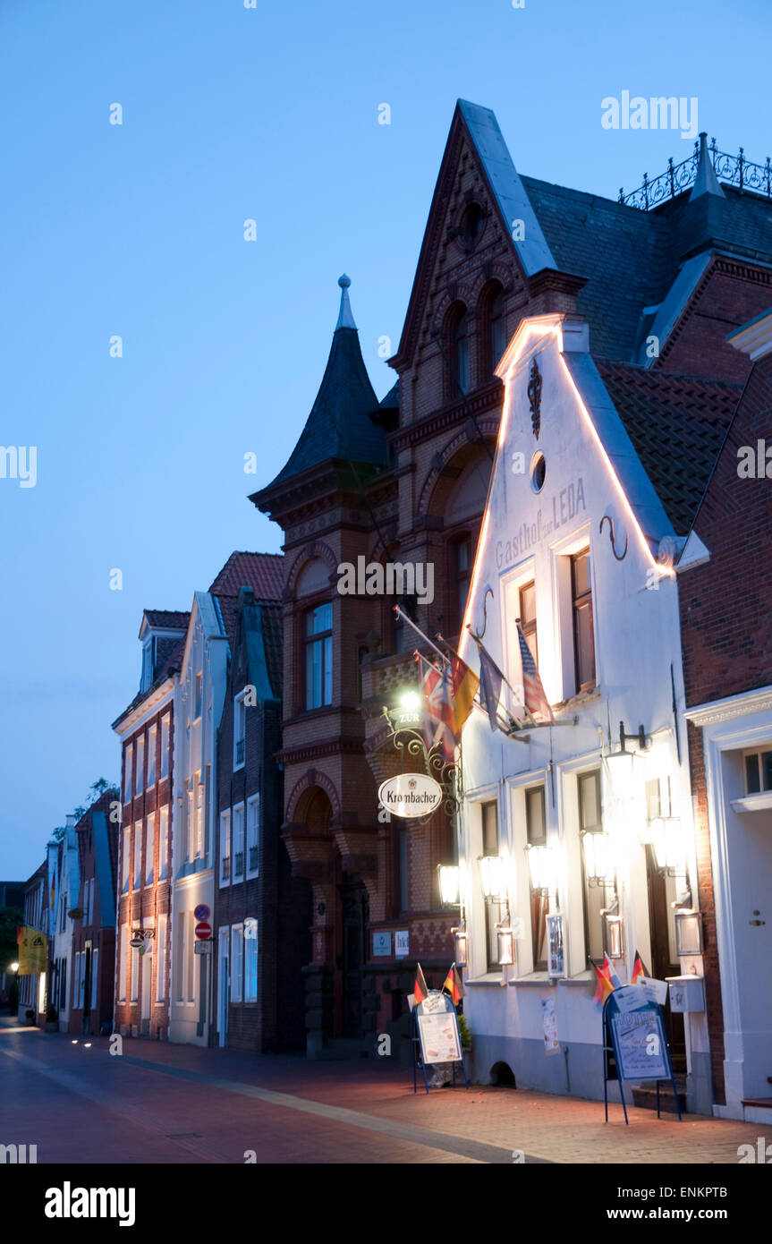 old town, dusk, Leer, Ostfriesland, Lower Saxony, Germany - Stock Image