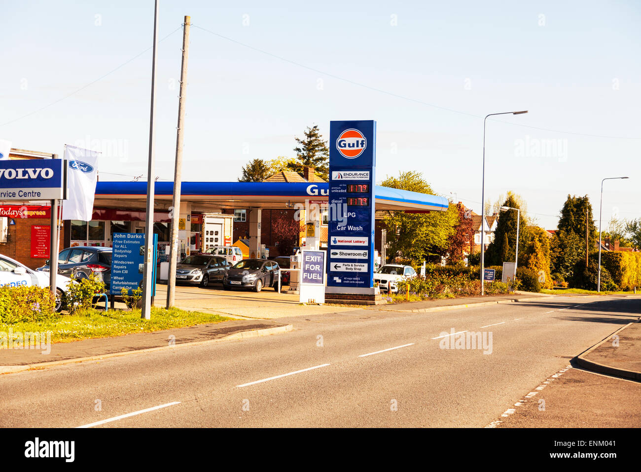 Gulf petrol station unleaded and diesel same price per litre forecourt roadside garage shop - Stock Image