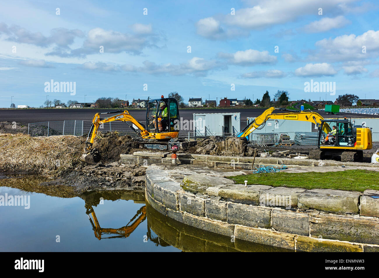 Lock 6 being repaired on Rufford link - Stock Image