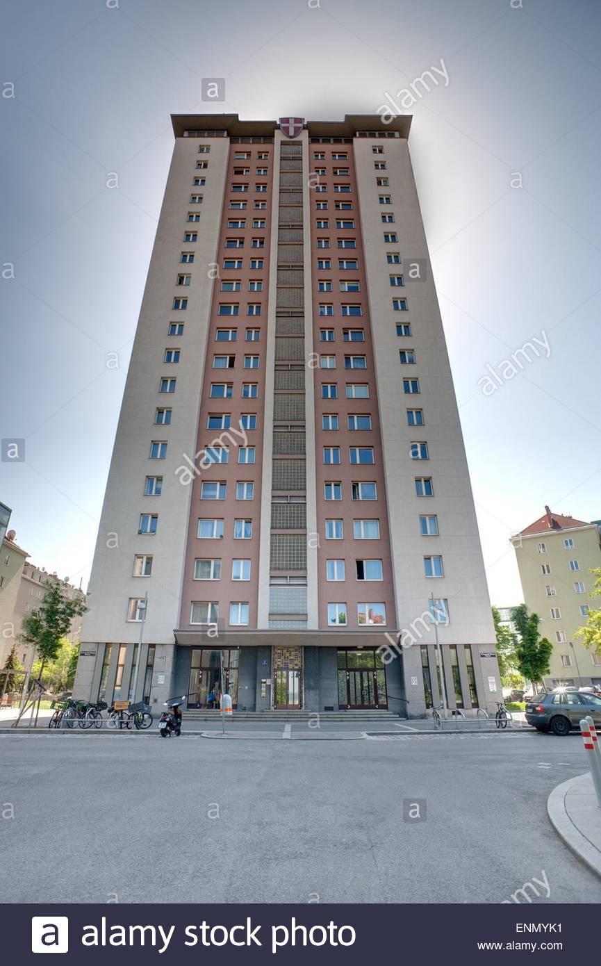 Wien, Gemeindebau, Matzleinsorfer Hochhaus - Stock Image