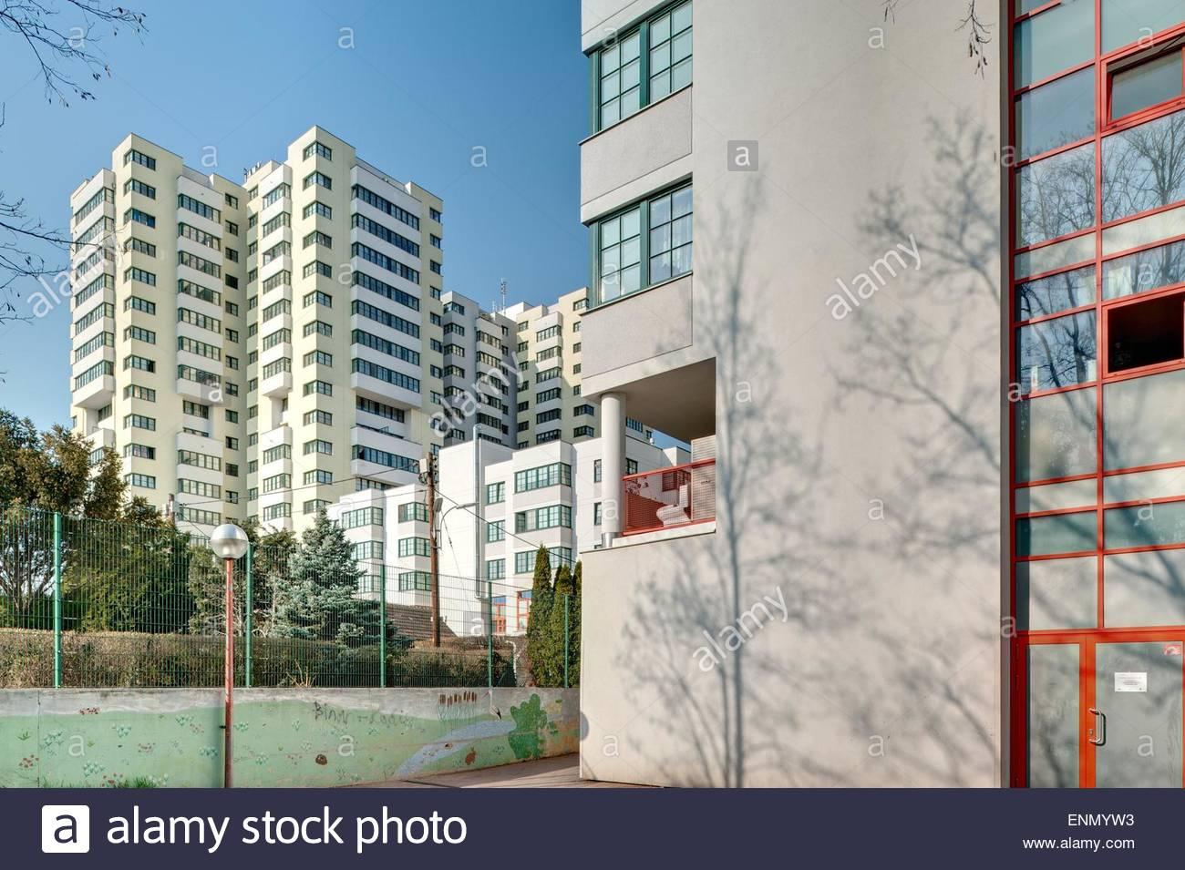 Wien, Gemeindebau der 1970er Jahre, Wohnhausanlage Am Schöpfwerk - Stock Image