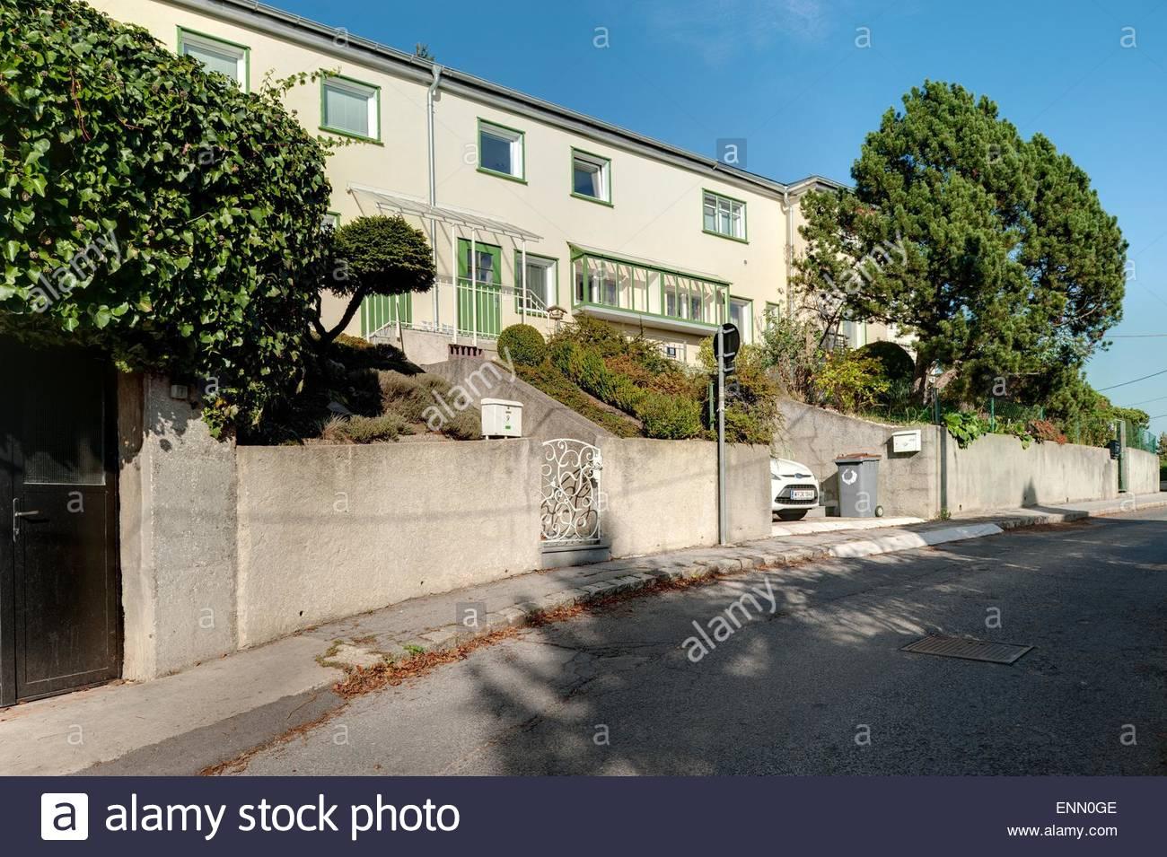 Wien, Wohnbau der Zwischenkriegszeit, Siedlung Heuberg nach einem Konzept von Adolf Loos, 1924 (In der Siedlung - Stock Image